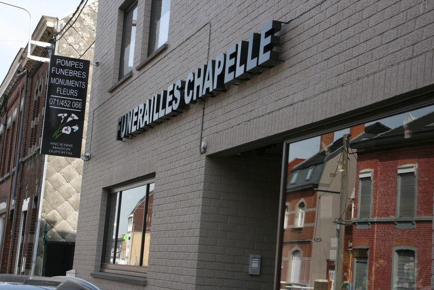 societe d 39 assistance funeraire chapelle duportal. Black Bedroom Furniture Sets. Home Design Ideas