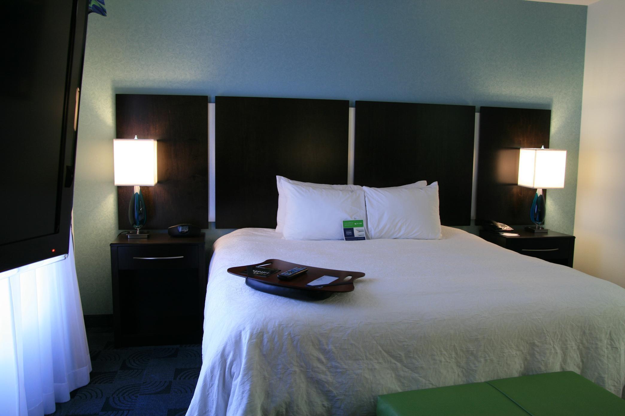 Hampton Inn & Suites Dallas/Lewisville-Vista Ridge Mall, TX image 19