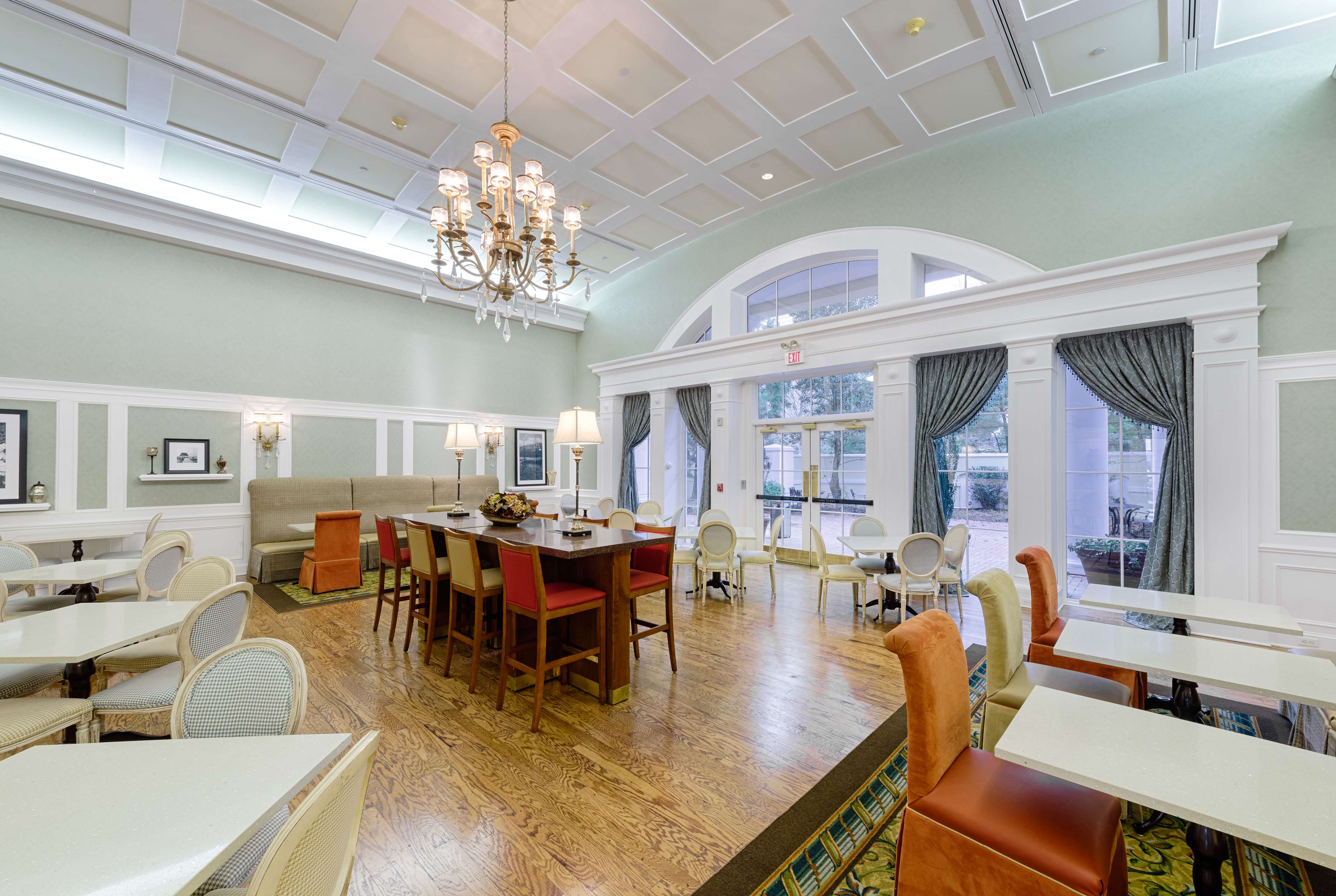 Hampton Inn & Suites Charlotte/South Park at Phillips Place image 12