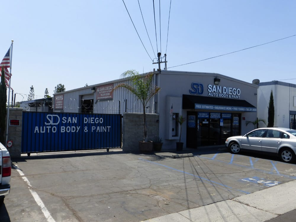 San Diego Auto Body and Paint image 16