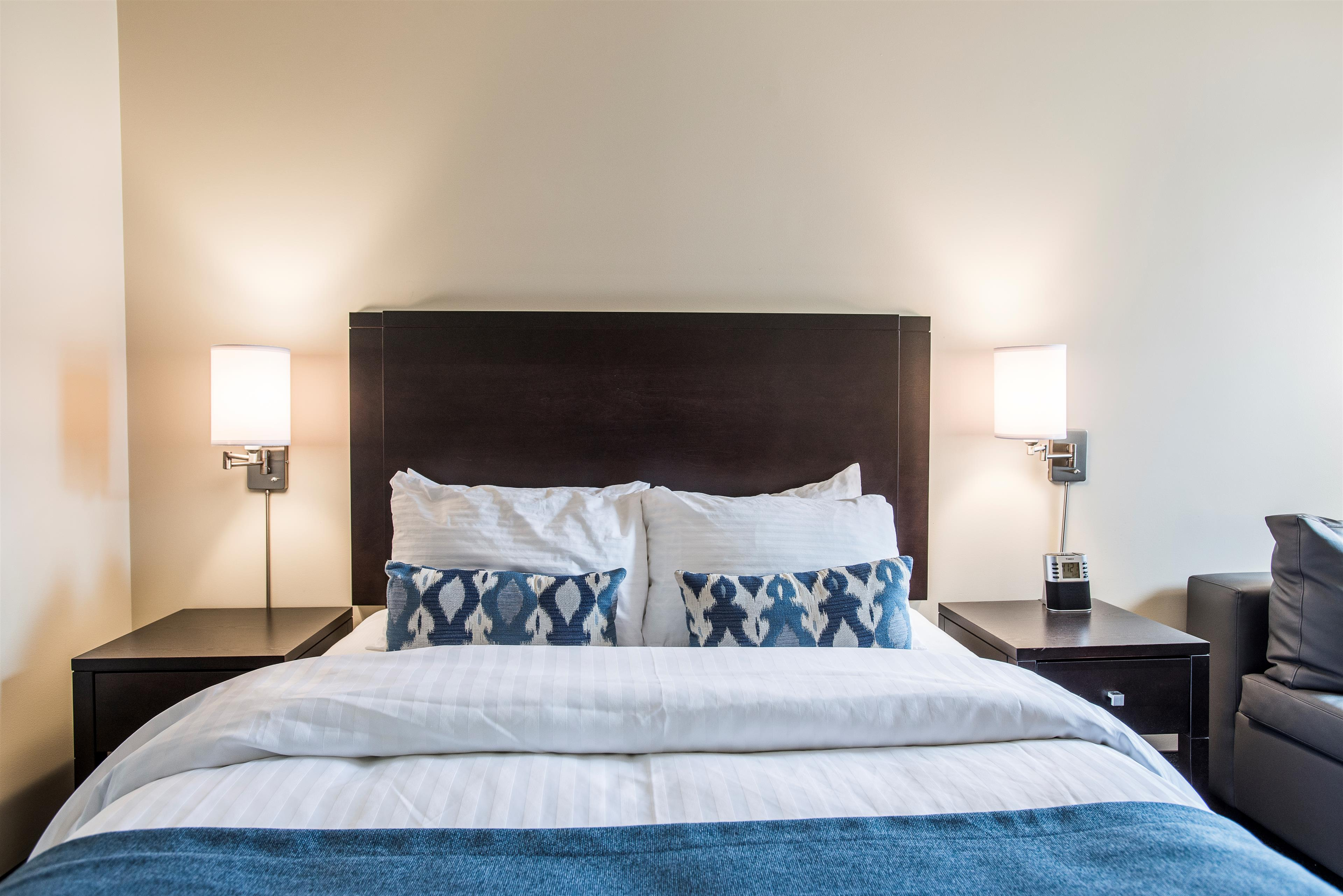 Best Western Plus Hotel Albert Rouyn-Noranda à Rouyn-Noranda: Executive One Queen Bed Guest Room