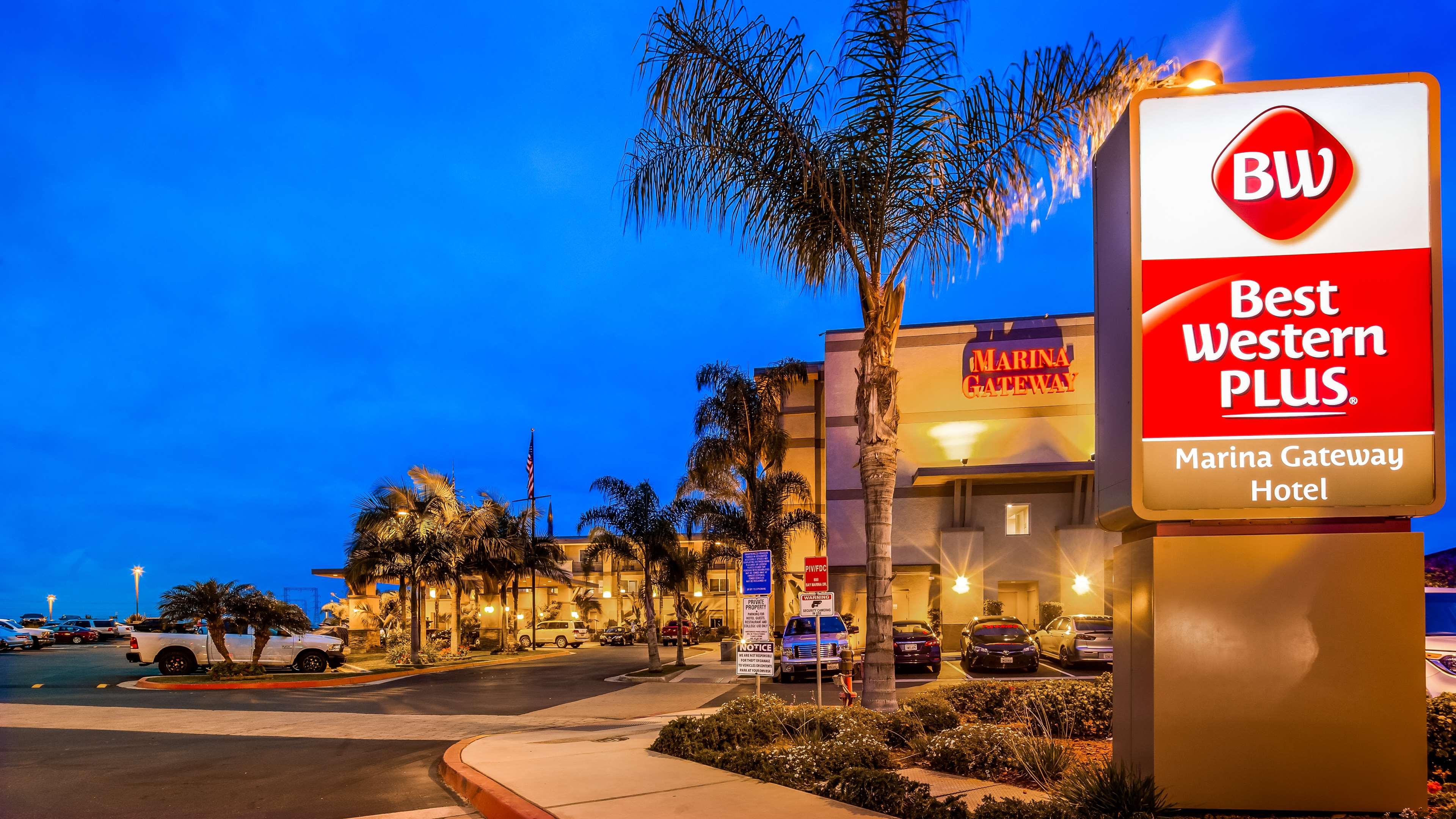 Best Western Plus Marina Gateway Hotel image 2