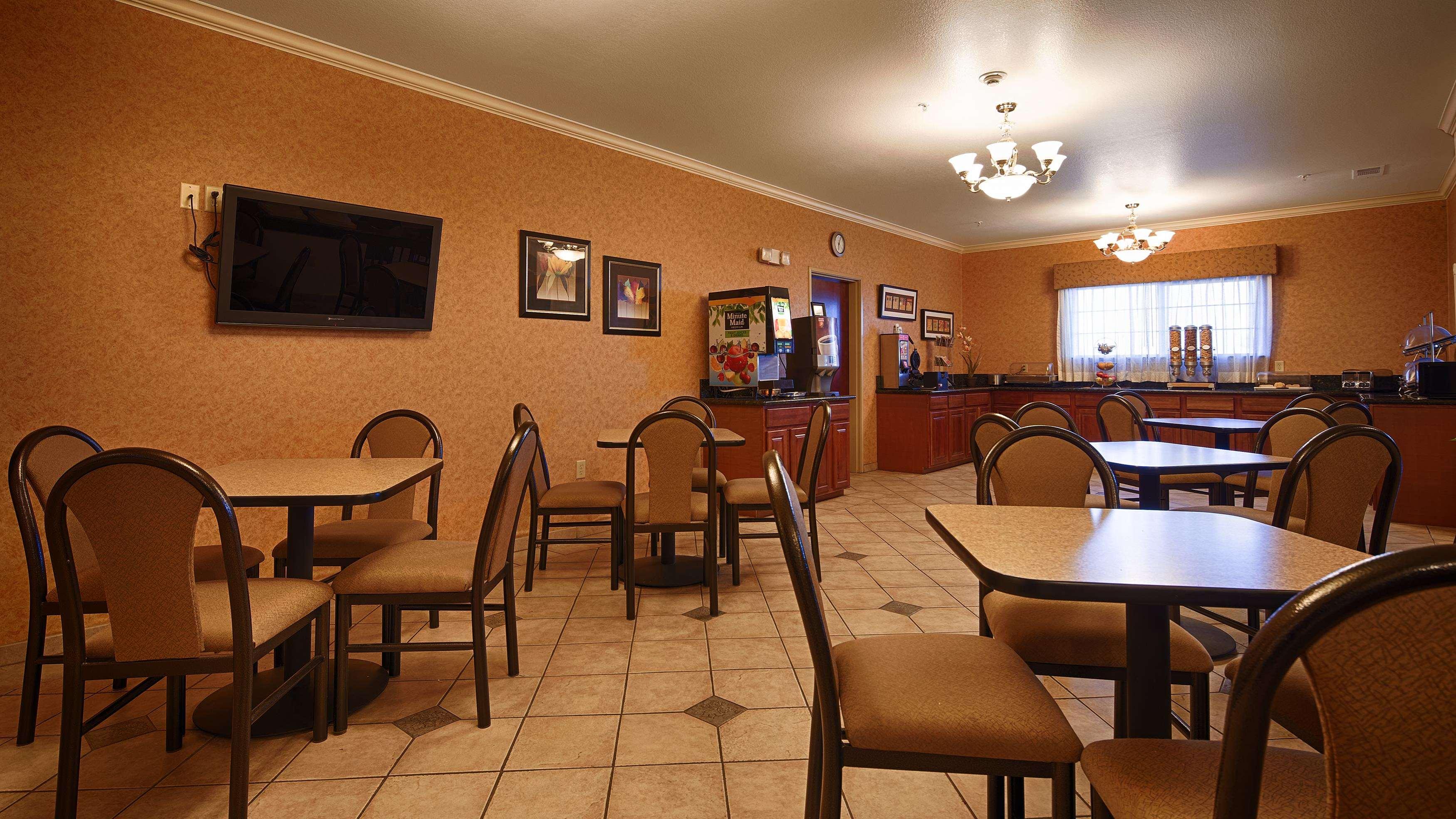 Best Western Henrietta Inn & Suites image 22