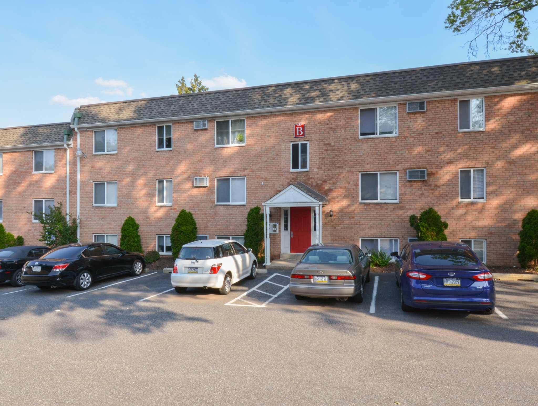 The Villages of Westbrook Apartments image 1