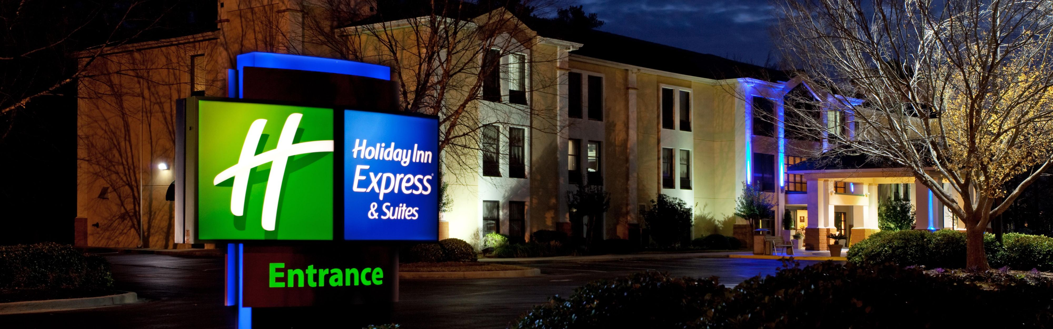 Holiday Inn Express & Suites Lexington-Hwy 378 image 0