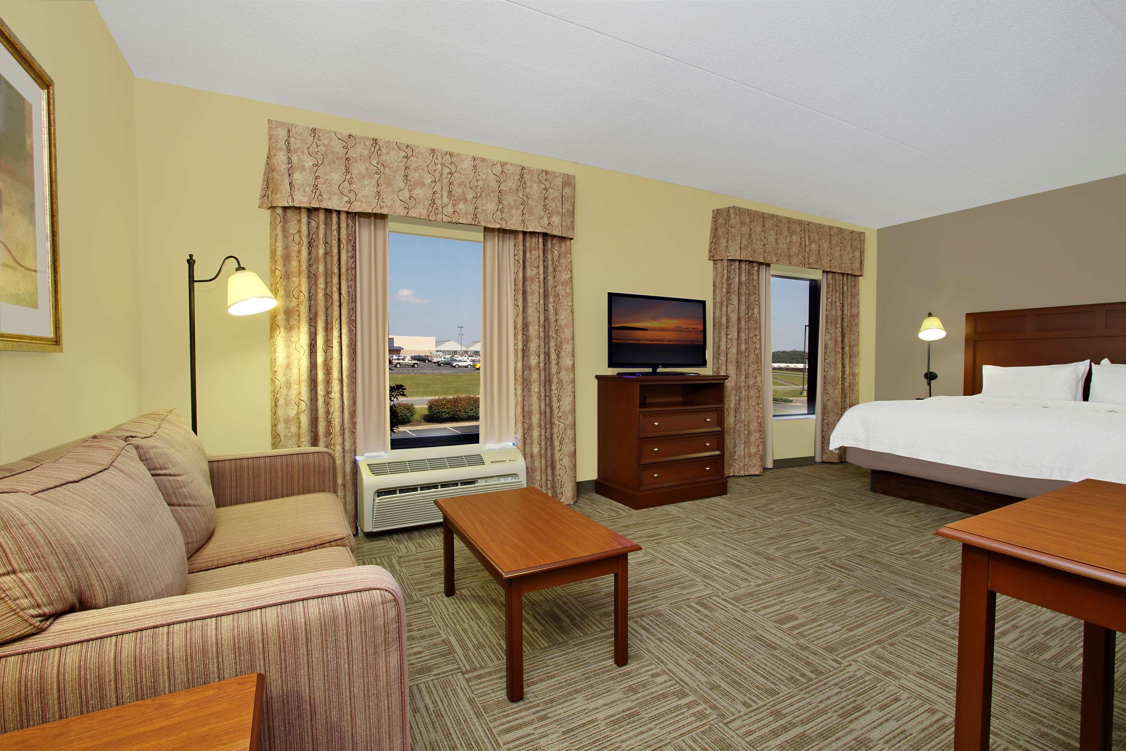 Hampton Inn & Suites Murray image 19