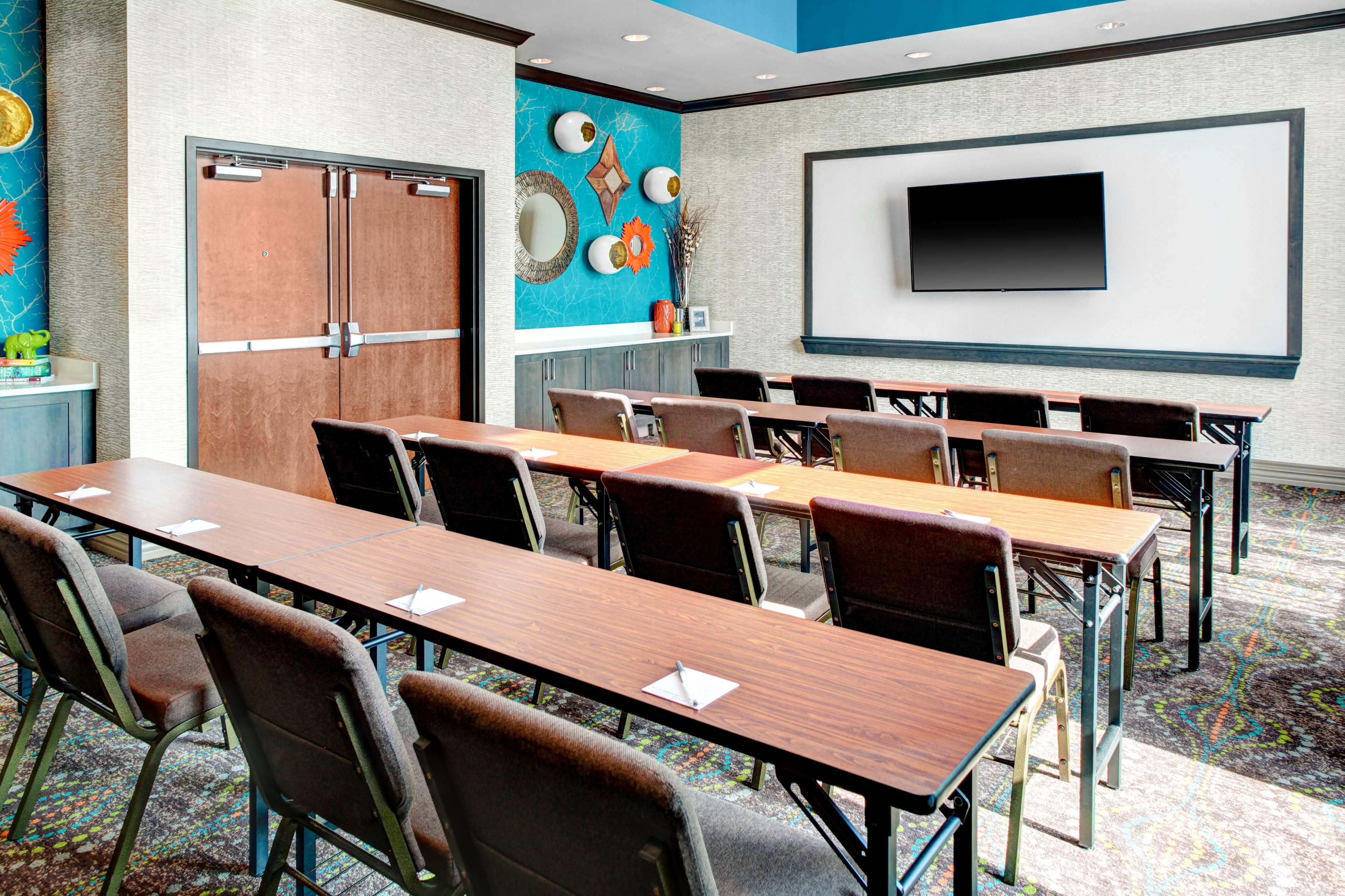 Hampton Inn & Suites by Hilton Atlanta Perimeter Dunwoody image 33