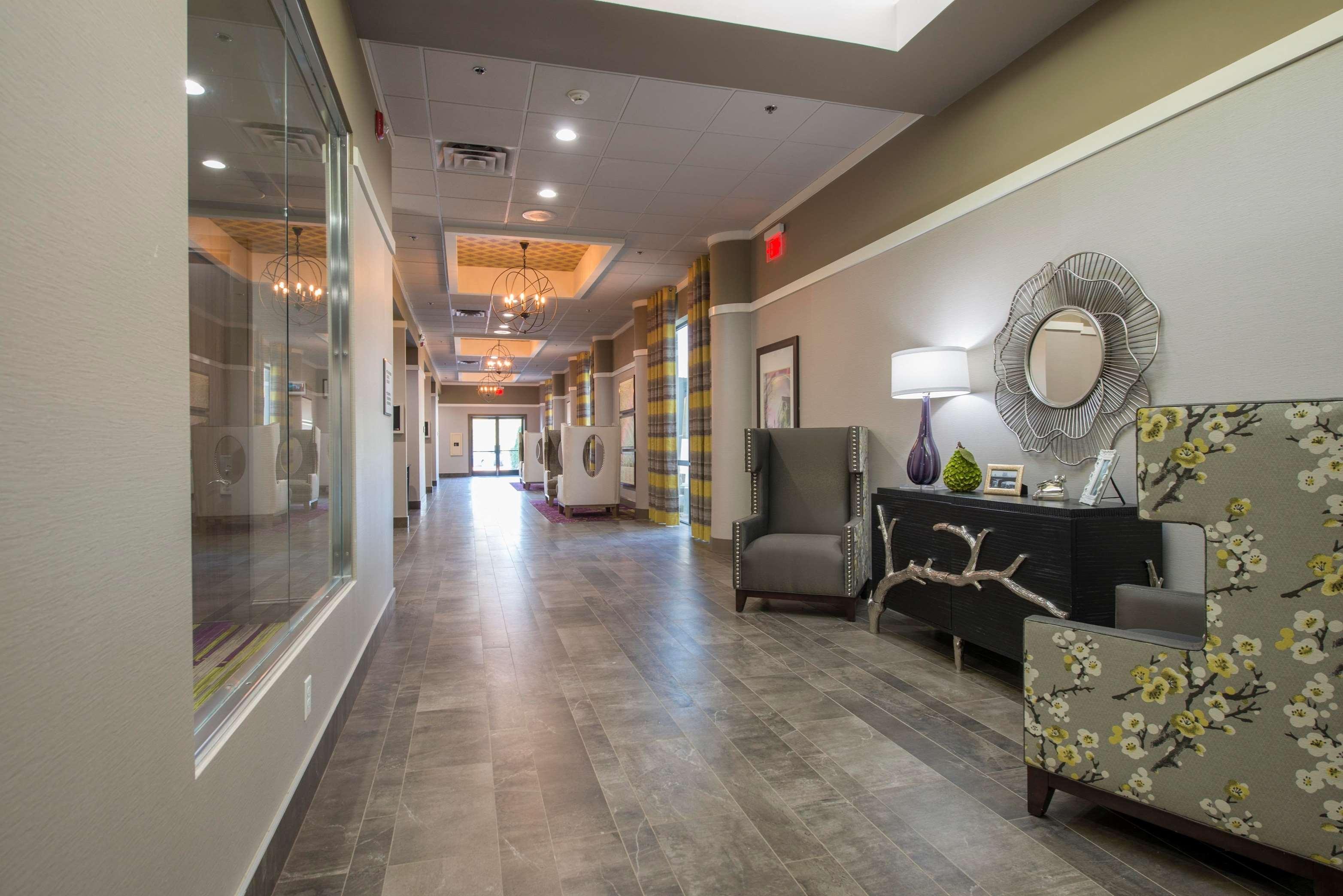 DoubleTree by Hilton Hotel Winston Salem - University image 9