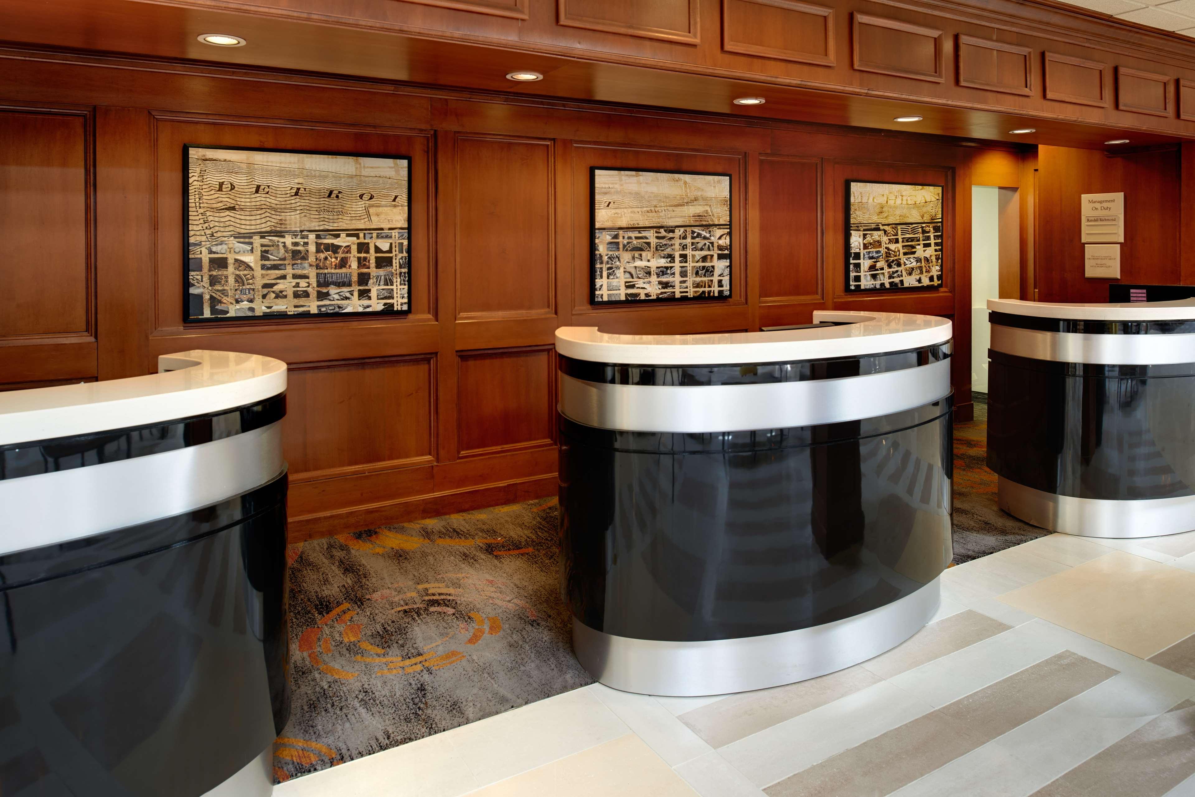 DoubleTree by Hilton Hotel Detroit - Dearborn image 5