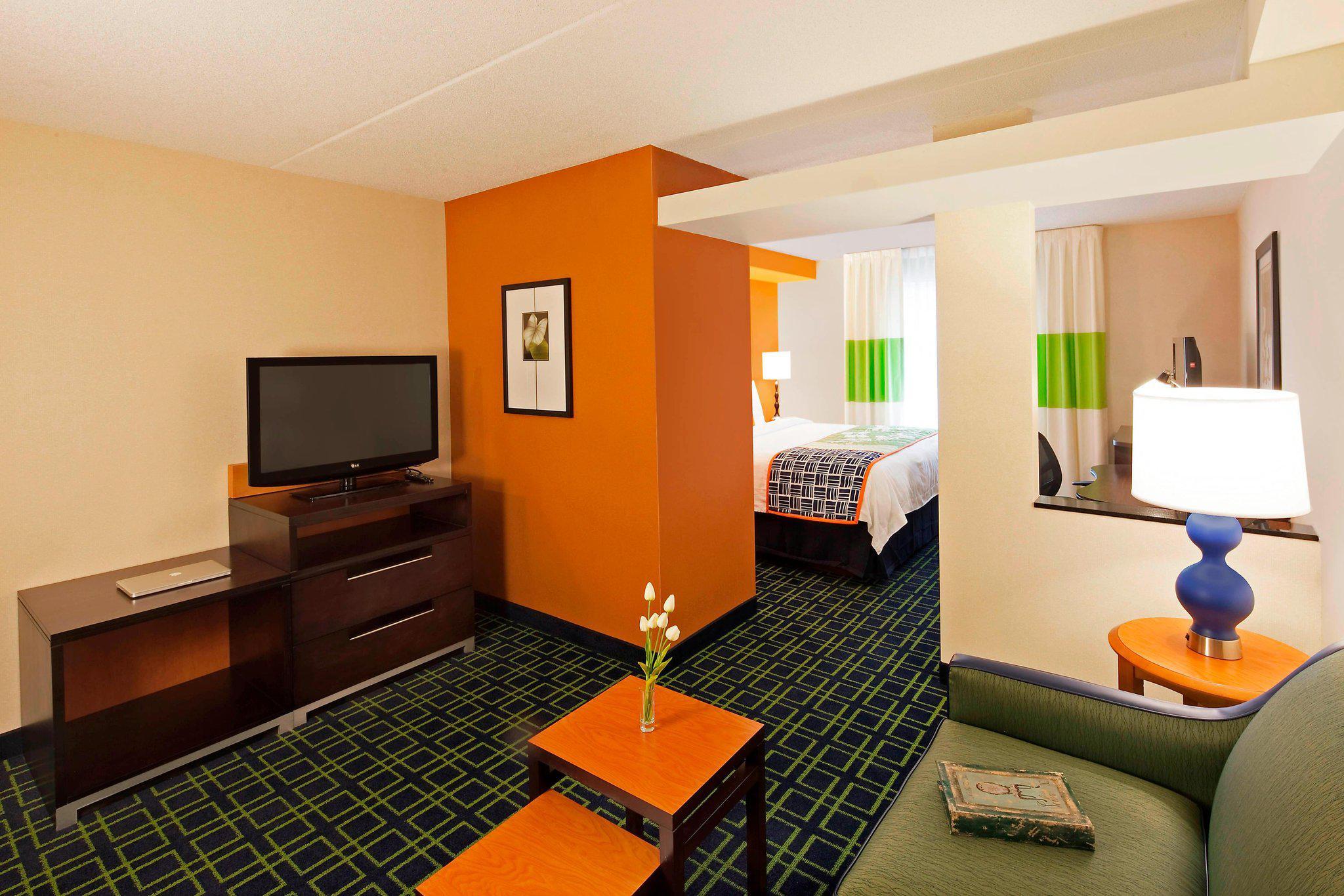 Fairfield Inn & Suites by Marriott Toronto Mississauga