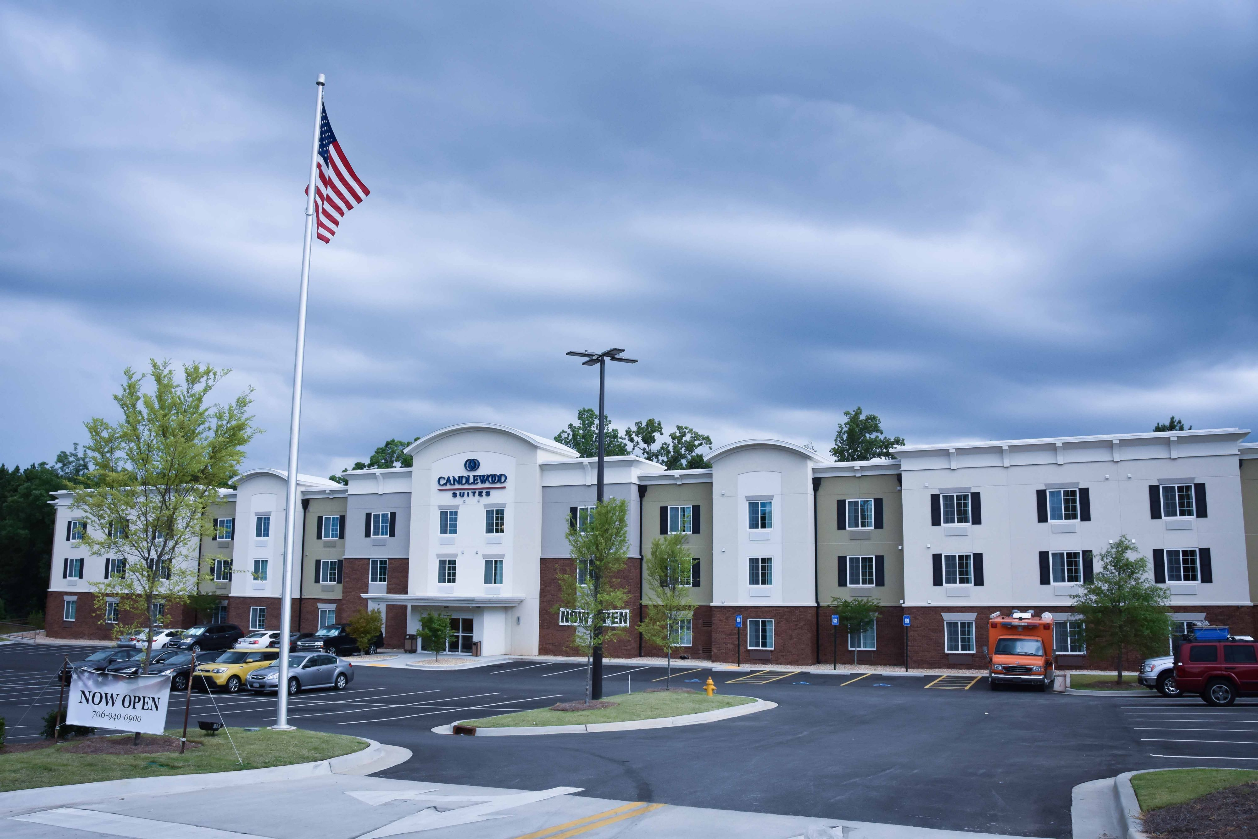 Candlewood Suites Columbia Hwy 63 & I-70 image 3