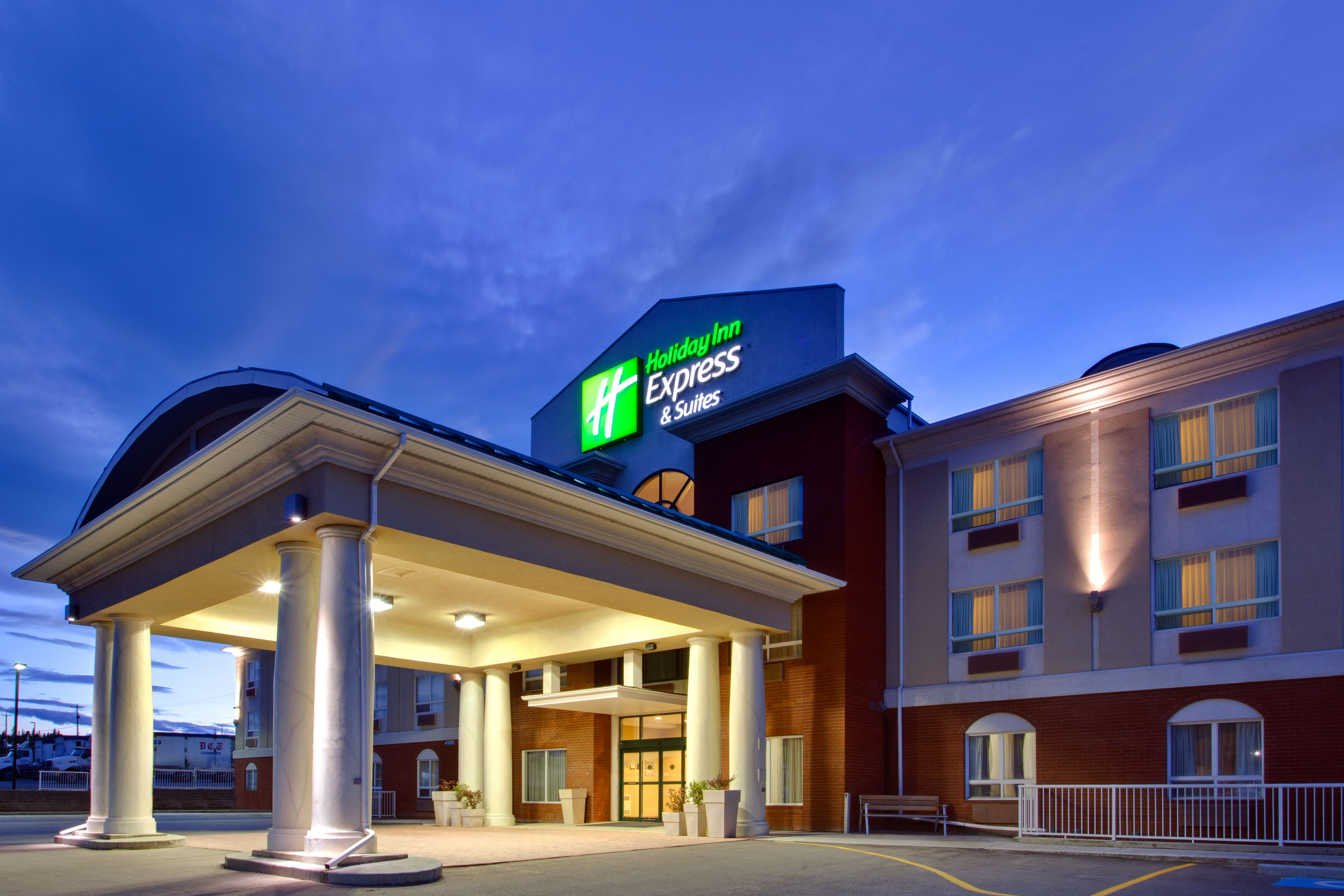 Hotel Deals In Bluffton Sc Doubletree And Spa Napa Valley Specific Travel Hotels Holiday Inn Express Suites Is A