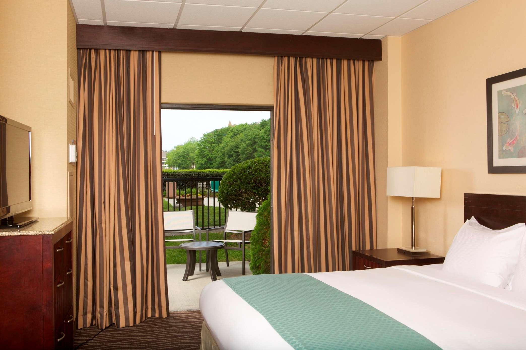 DoubleTree Suites by Hilton Hotel Raleigh - Durham image 27