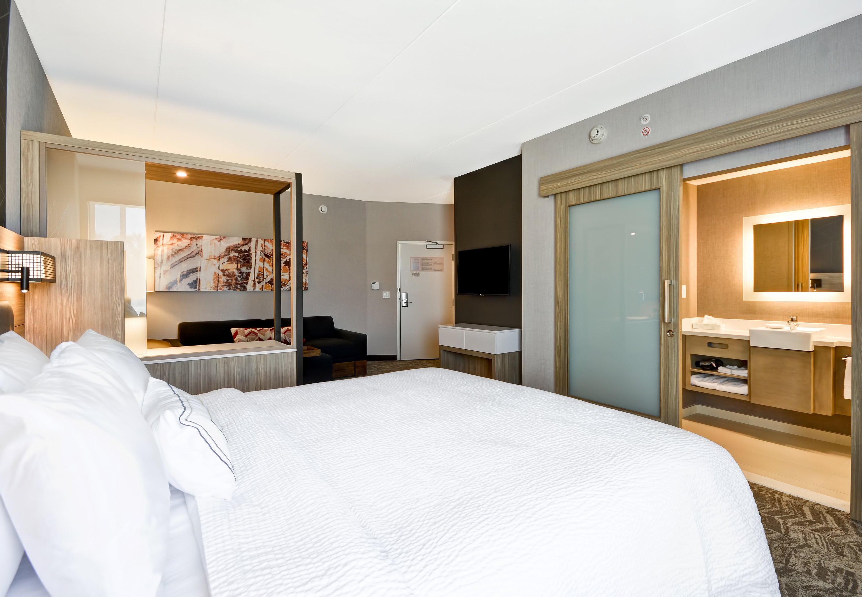 SpringHill Suites by Marriott Cincinnati Blue Ash image 12