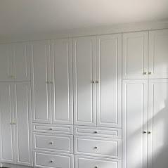 The Closet Gallery image 7