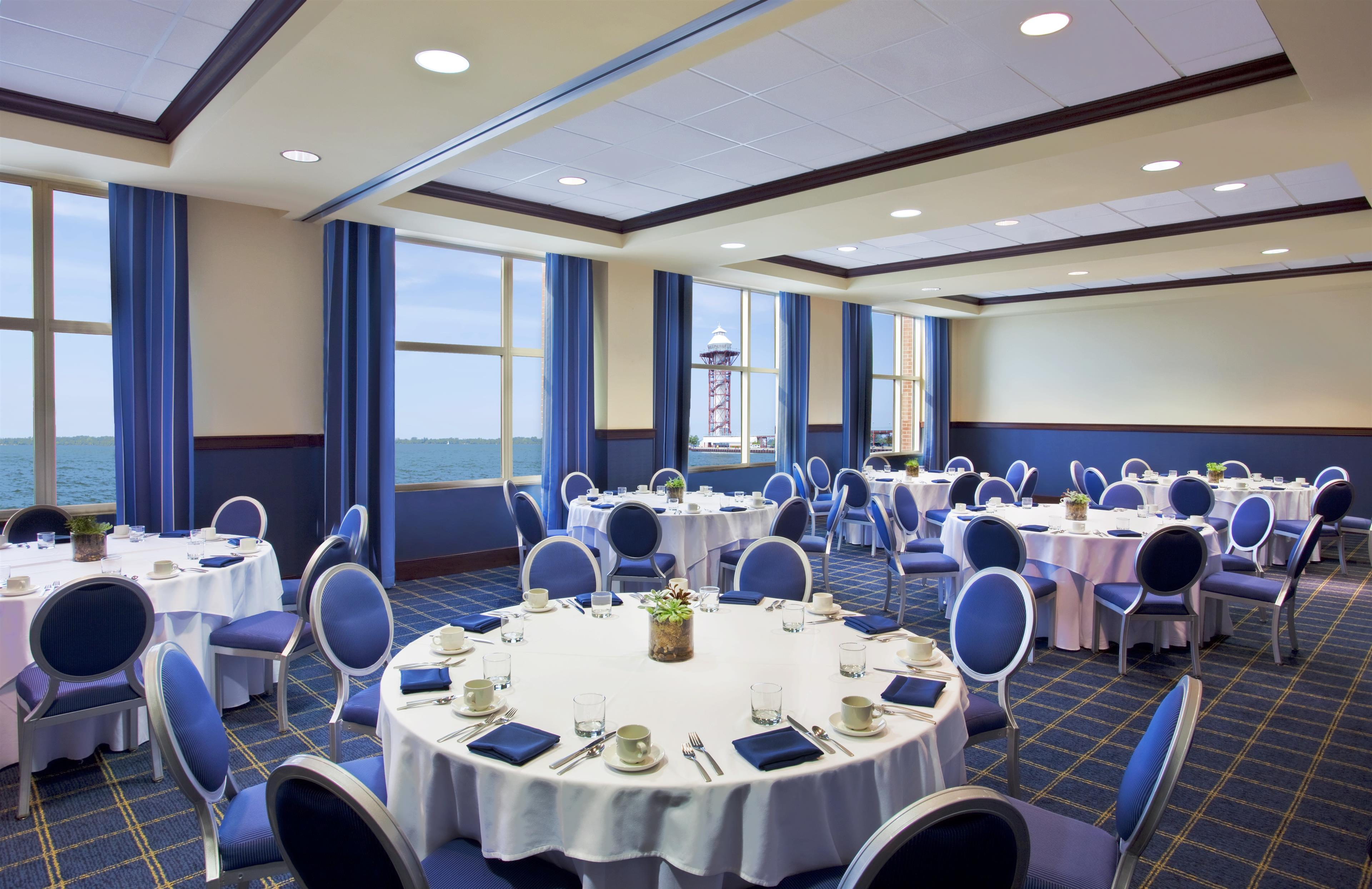Sheraton Erie Bayfront Hotel image 17
