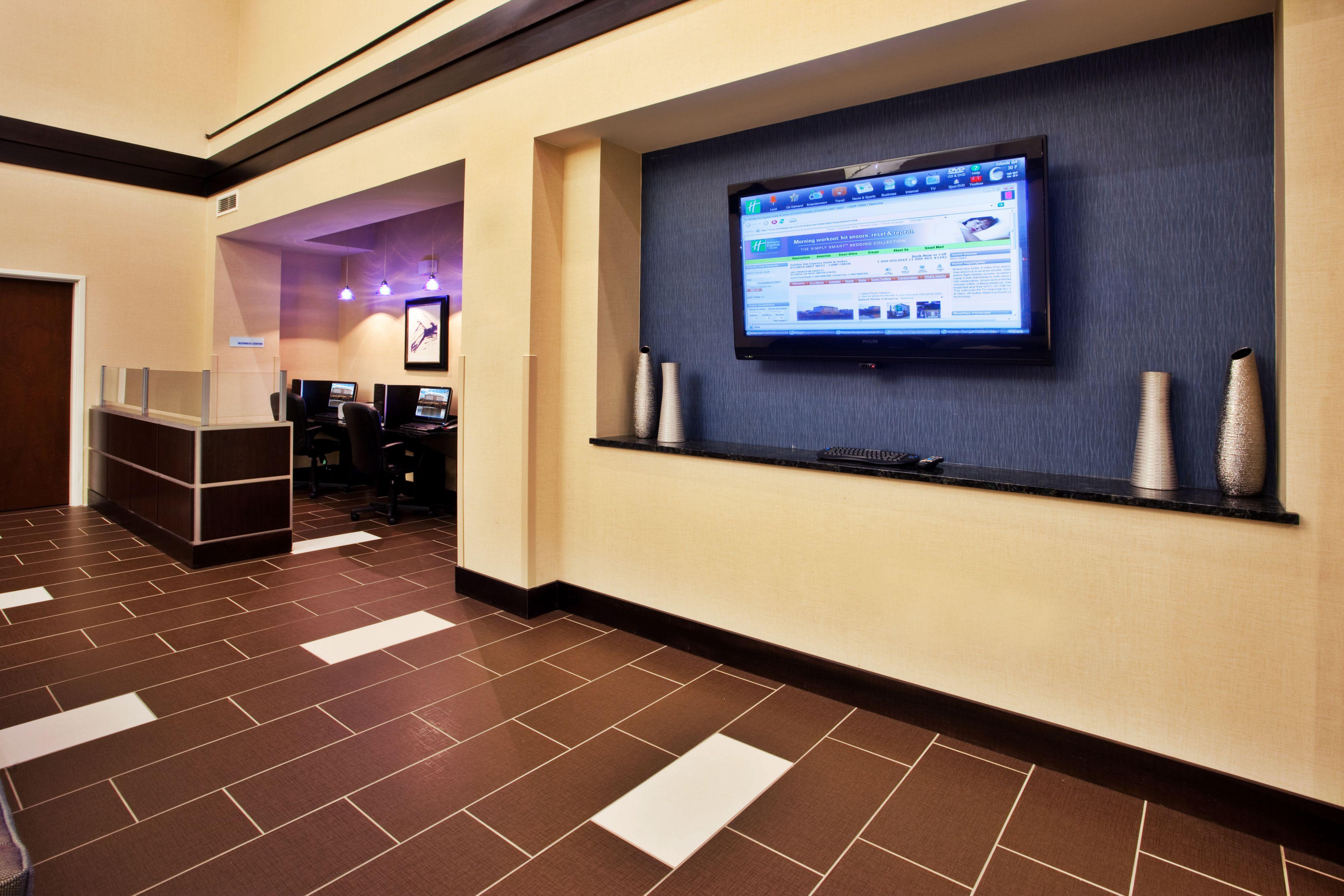 Holiday Inn Express & Suites Atlanta Arpt West - Camp Creek image 7