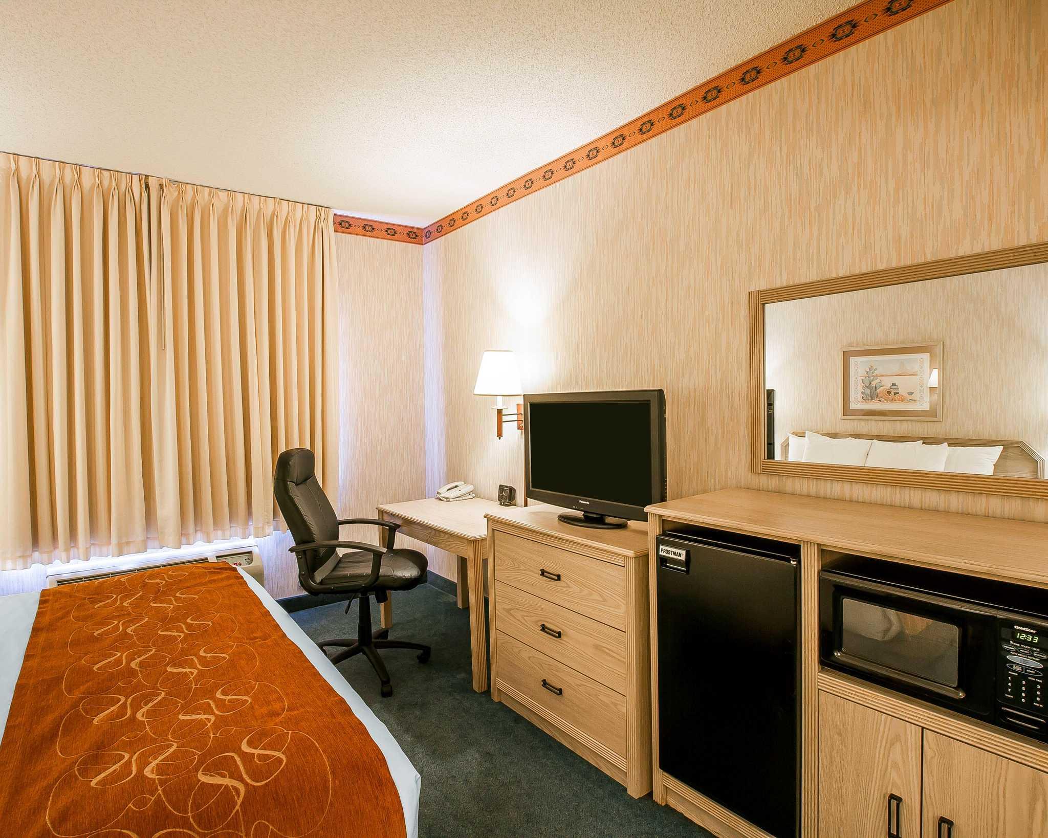 Comfort Suites Peoria Sports Complex image 18