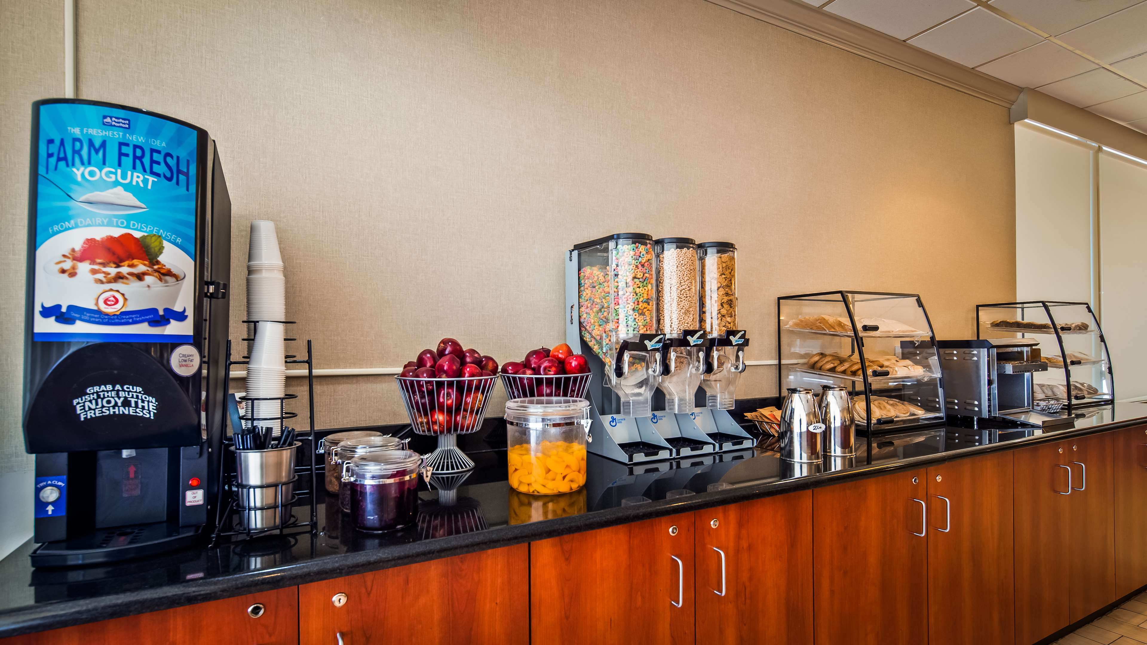 Best Western Pentagon Hotel - Reagan Airport image 2