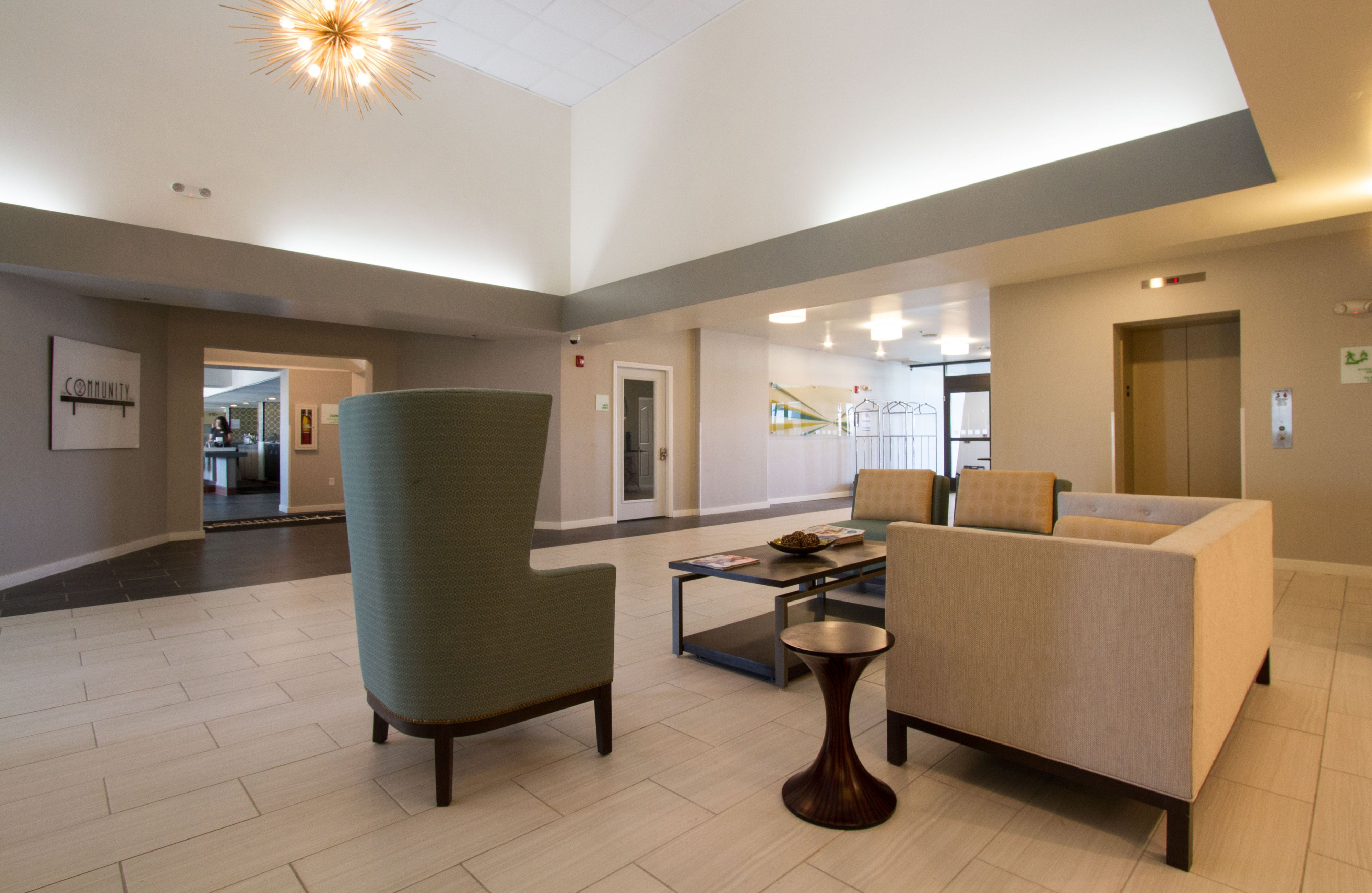 Holiday Inn Victorville image 5