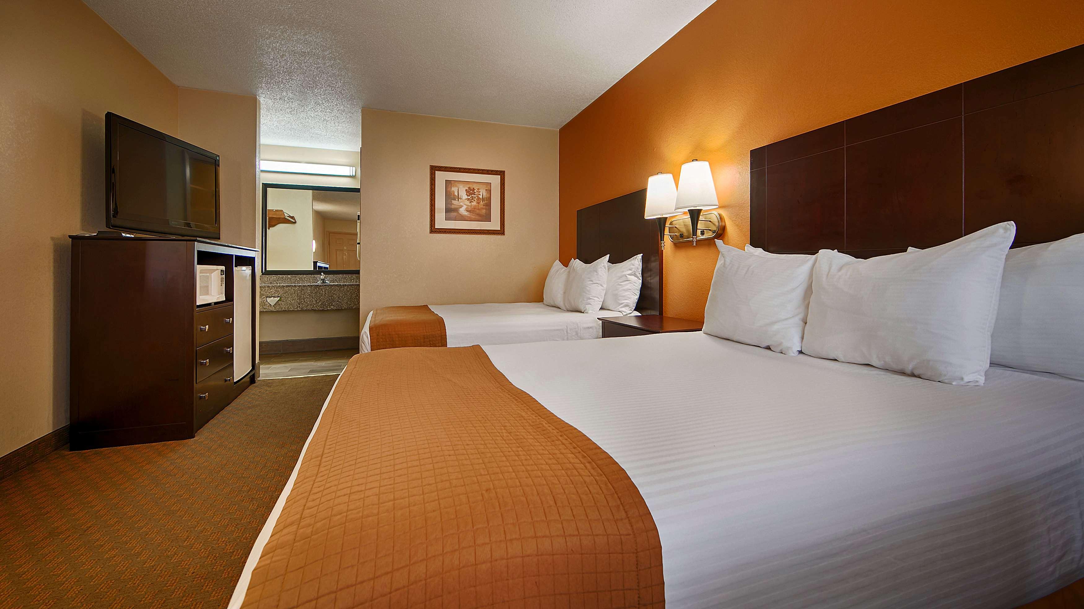 Best Western Royal Inn image 2
