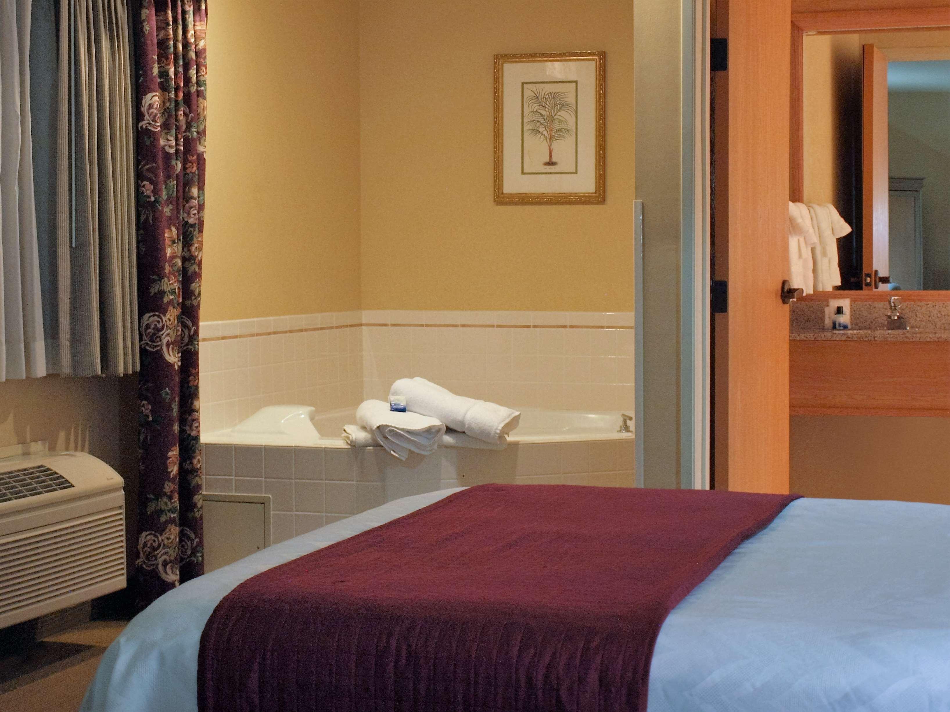 Best Western Plus Caldwell Inn & Suites image 44