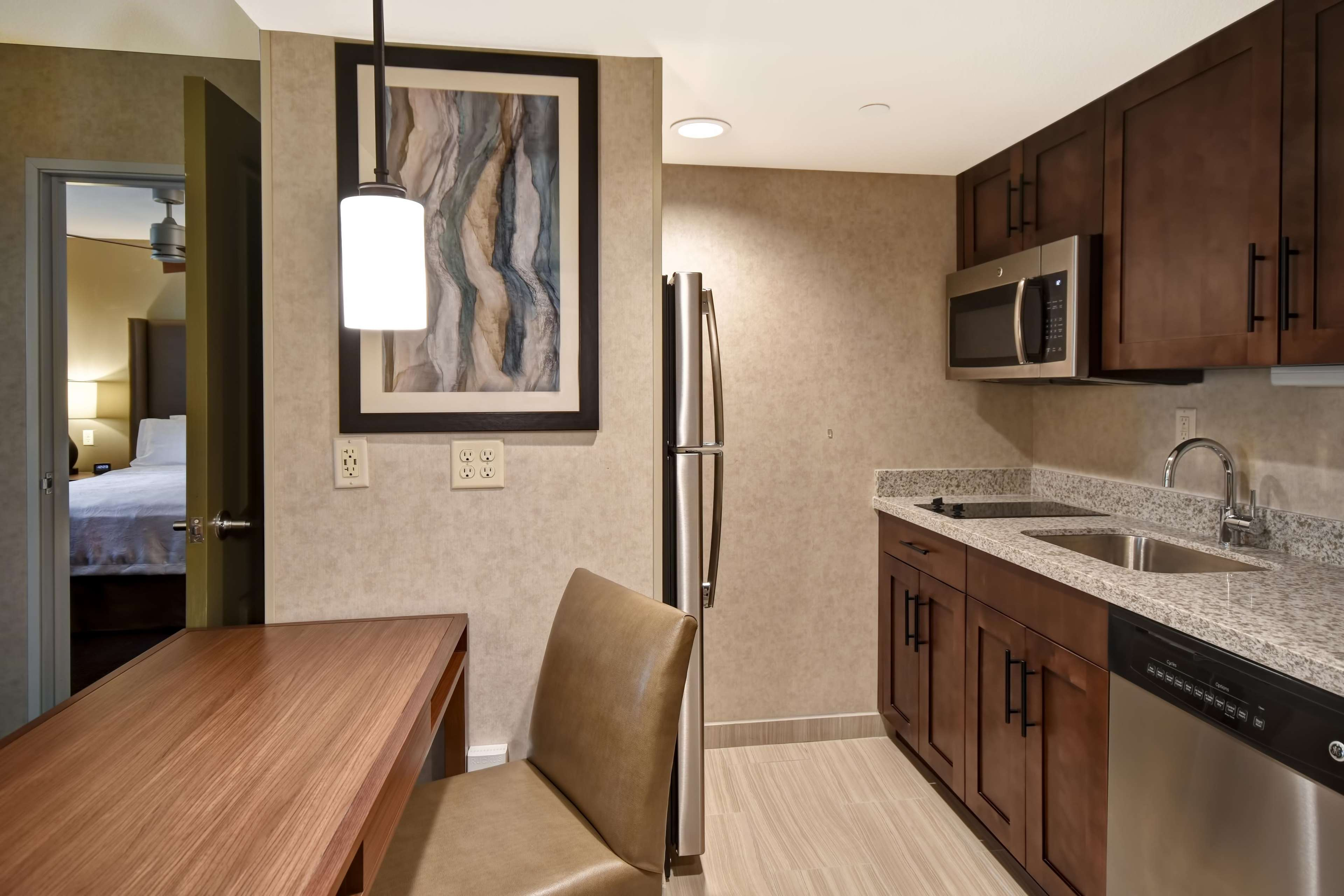 Homewood Suites by Hilton Pleasant Hill Concord image 6