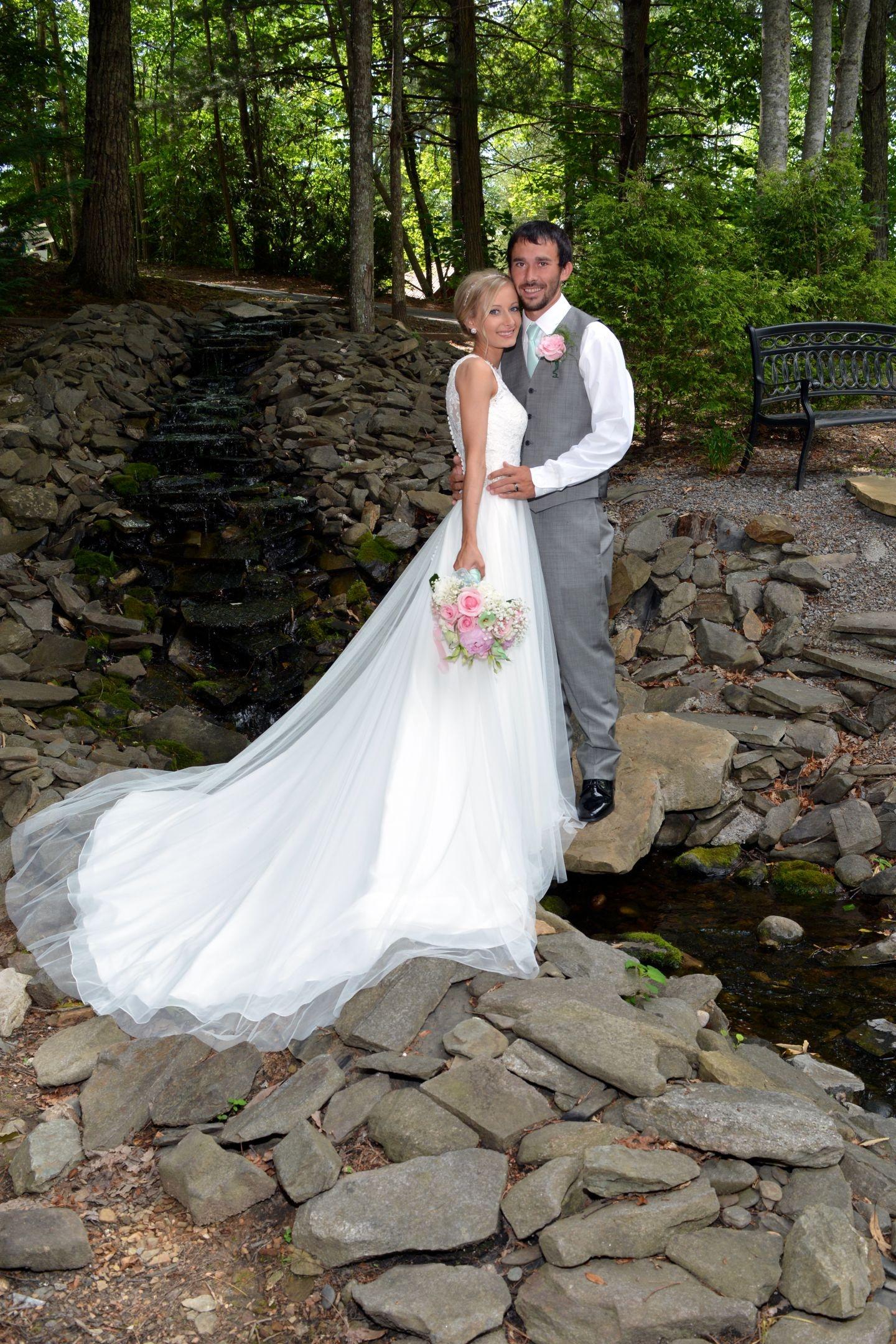 Wedding Chapel at Honeymoon Hills, Gatlinburg Wedding Chapel image 11