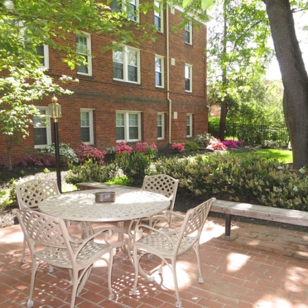 Manor house apartments alexandria va housing topix Kings gardens apartments alexandria va