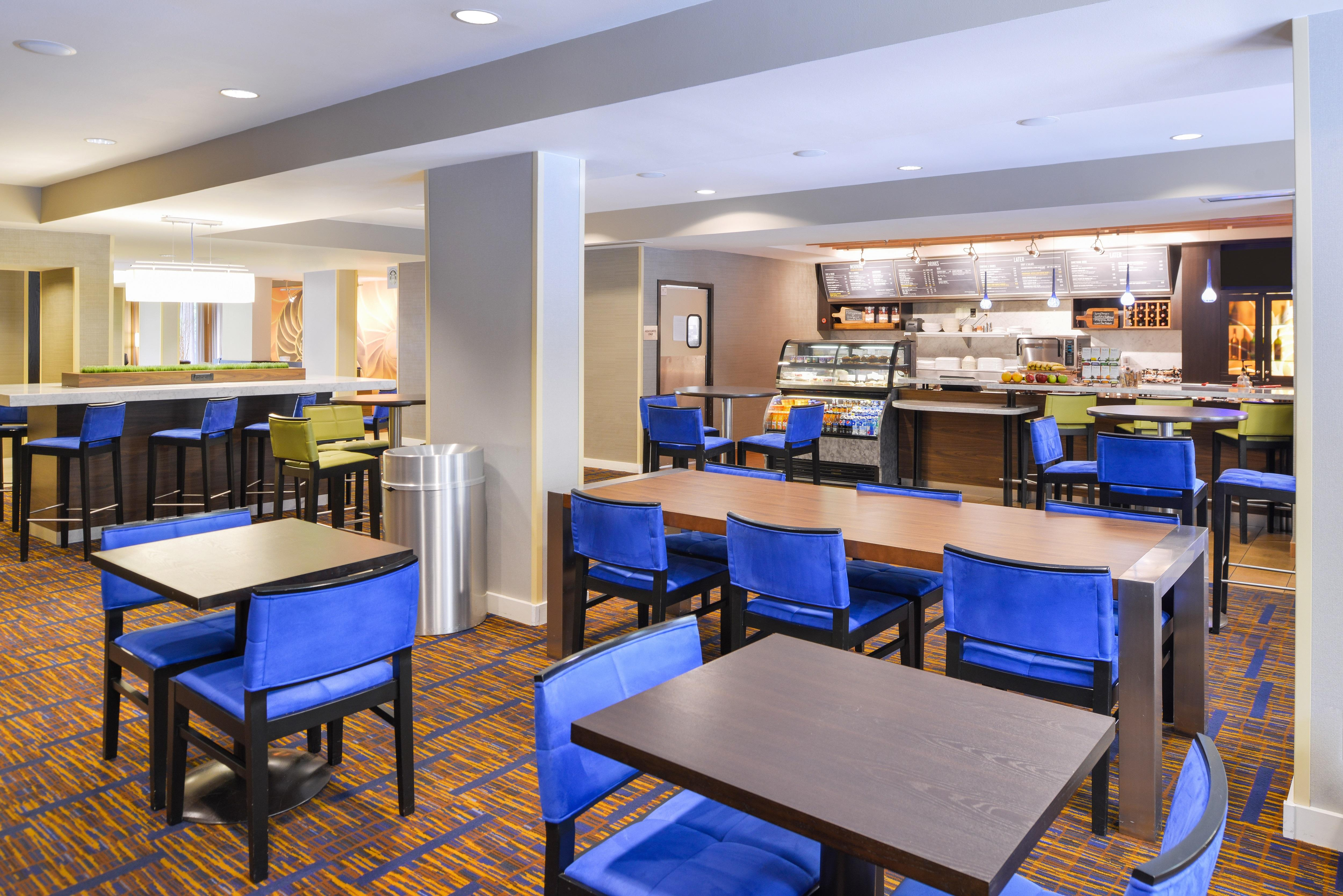 Courtyard by Marriott Tampa North/I-75 Fletcher image 7