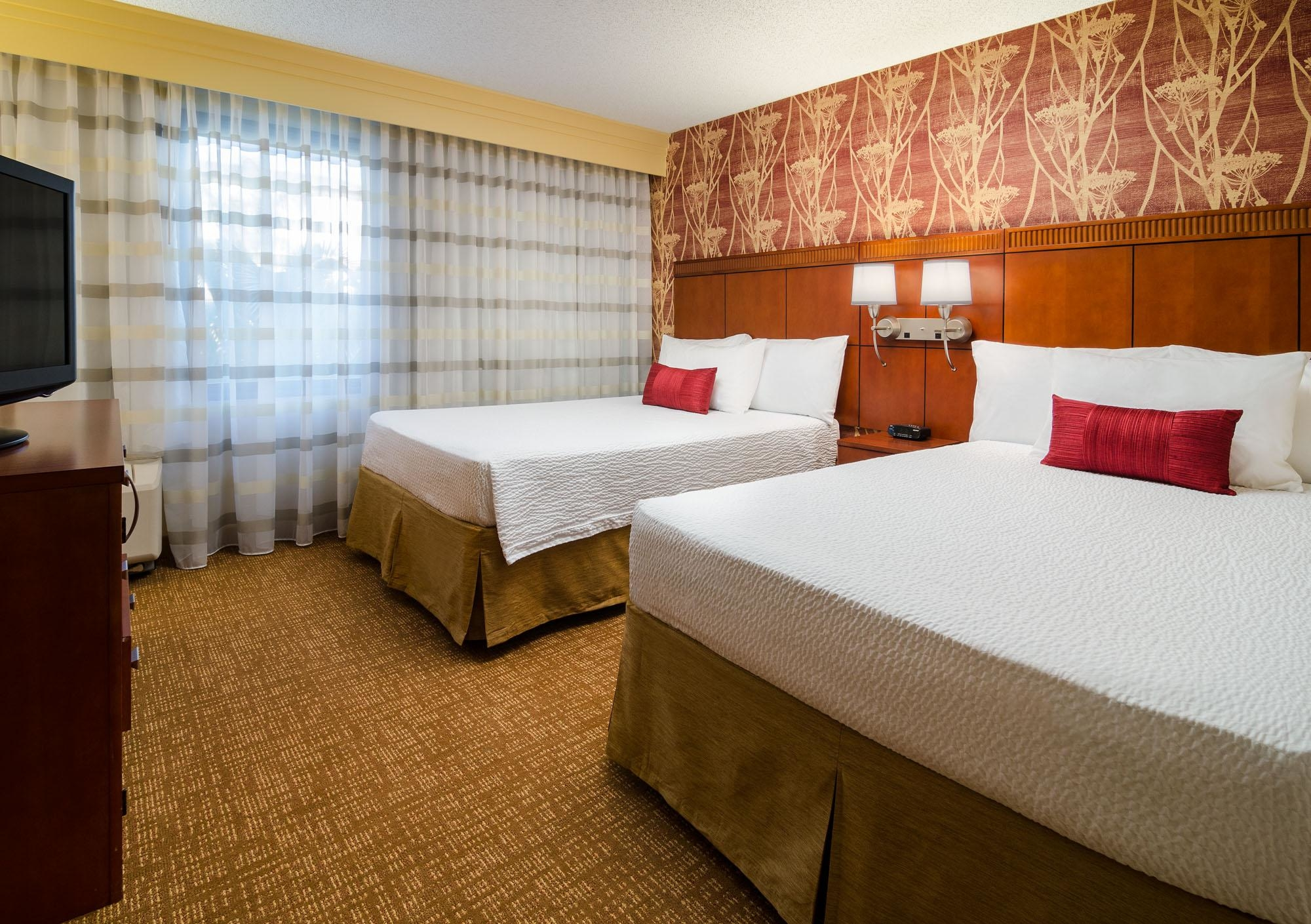 Courtyard by Marriott Fresno image 9