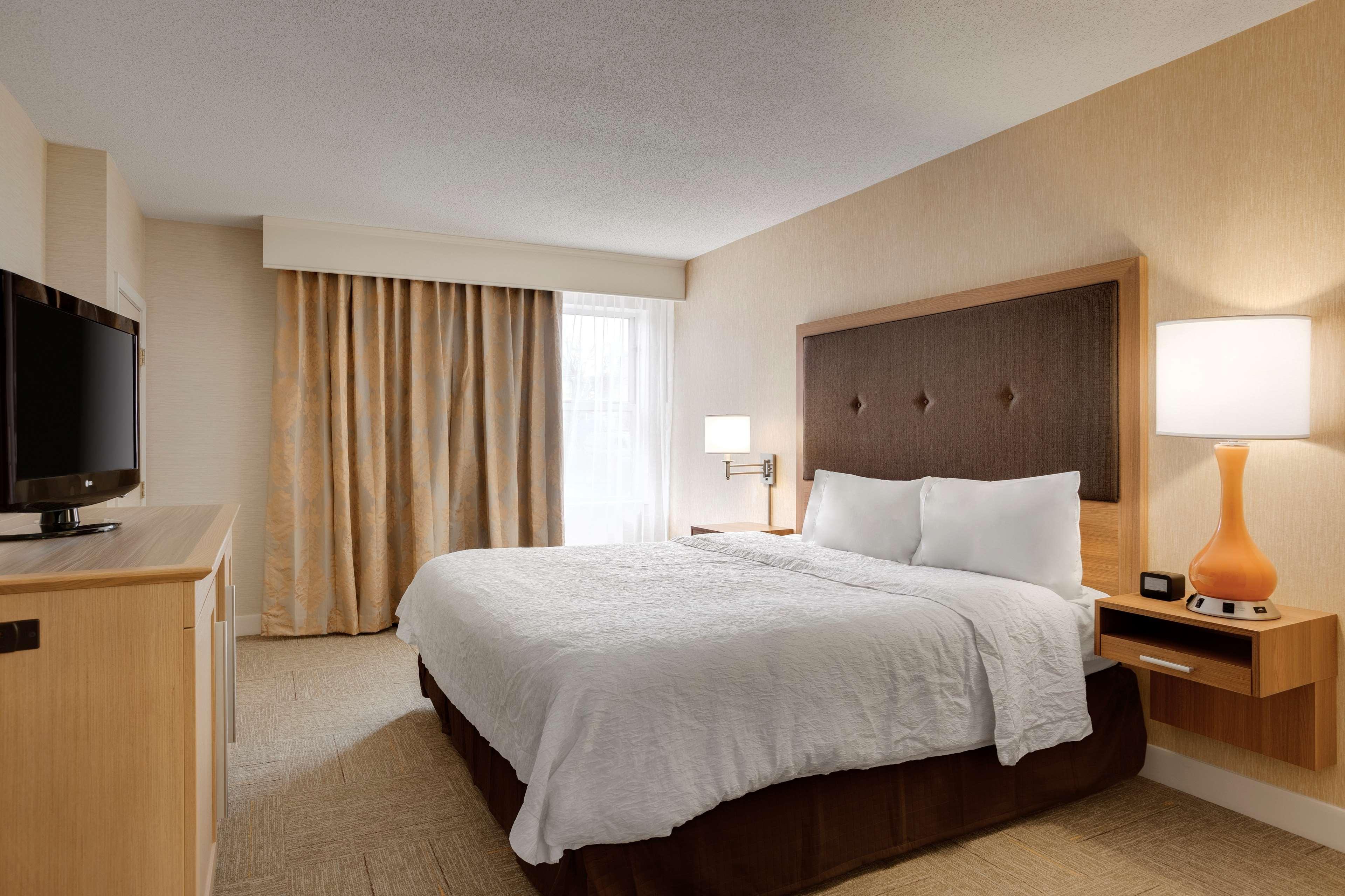 Hampton Inn & Suites Cleveland/Independence image 20