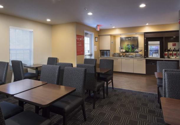 TownePlace Suites by Marriott Atlanta Alpharetta image 12