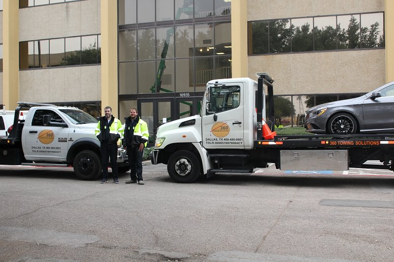 360 Towing Solutions image 3