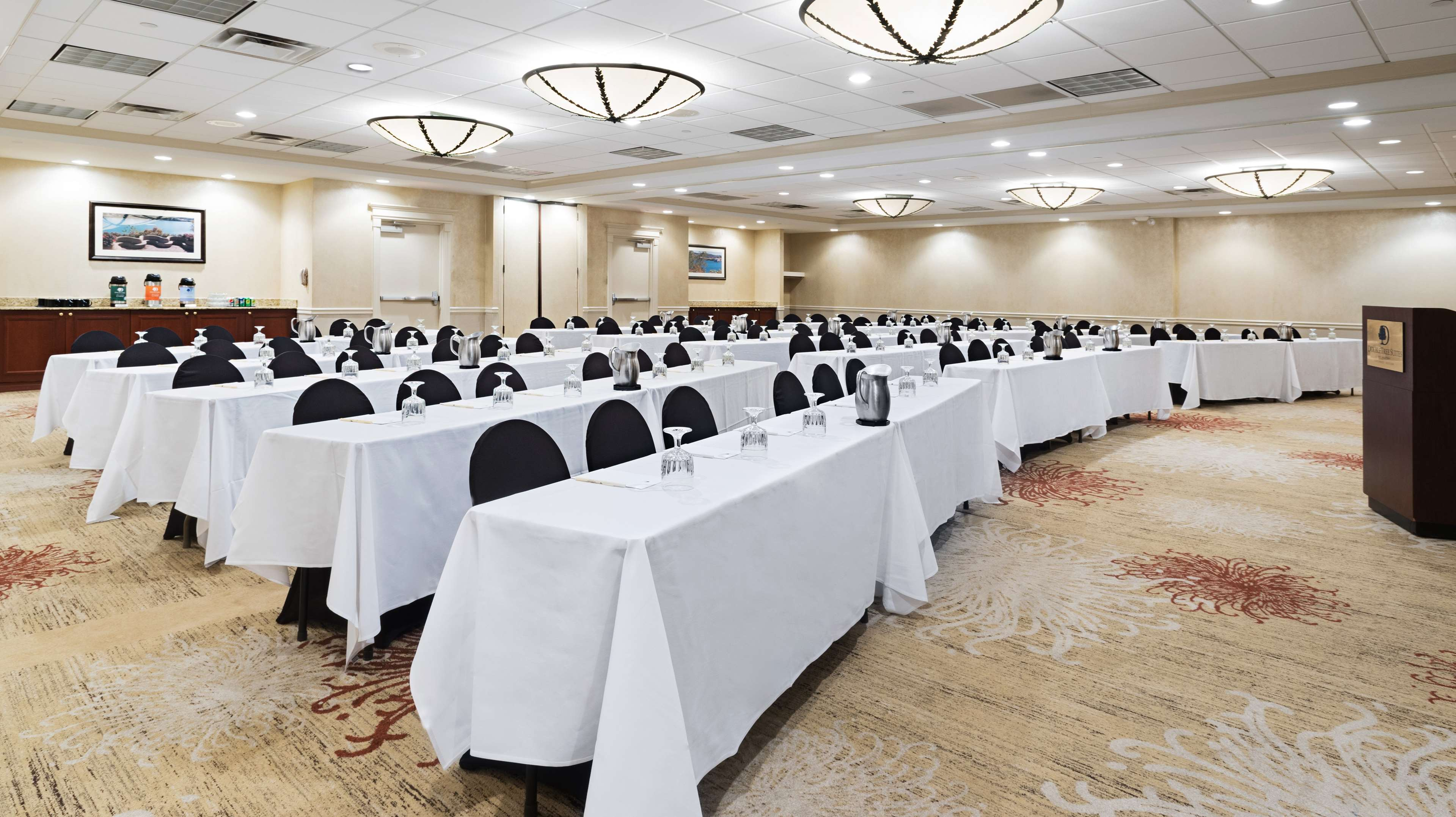 DoubleTree Suites by Hilton Hotel Cincinnati - Blue Ash image 20