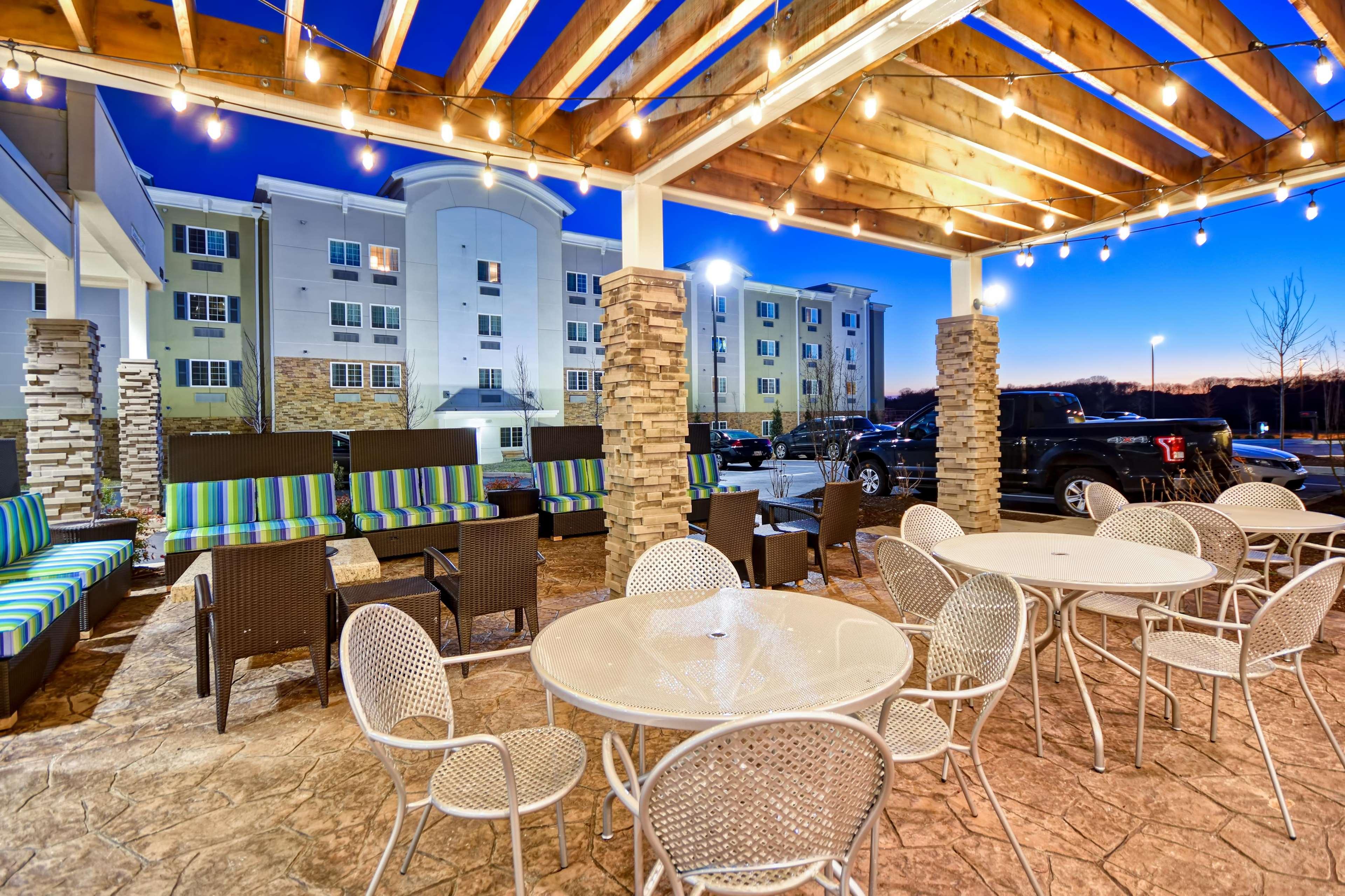 Home2 Suites by Hilton Smyrna Nashville image 1