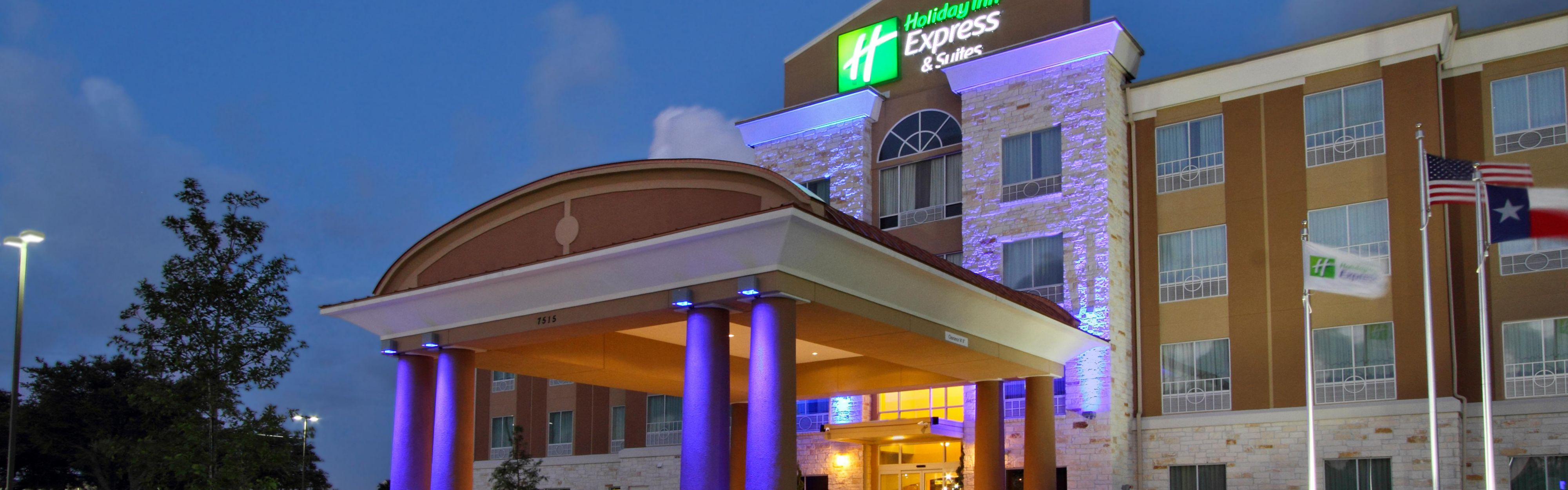 Holiday Inn Express & Suites Houston East - Baytown image 0
