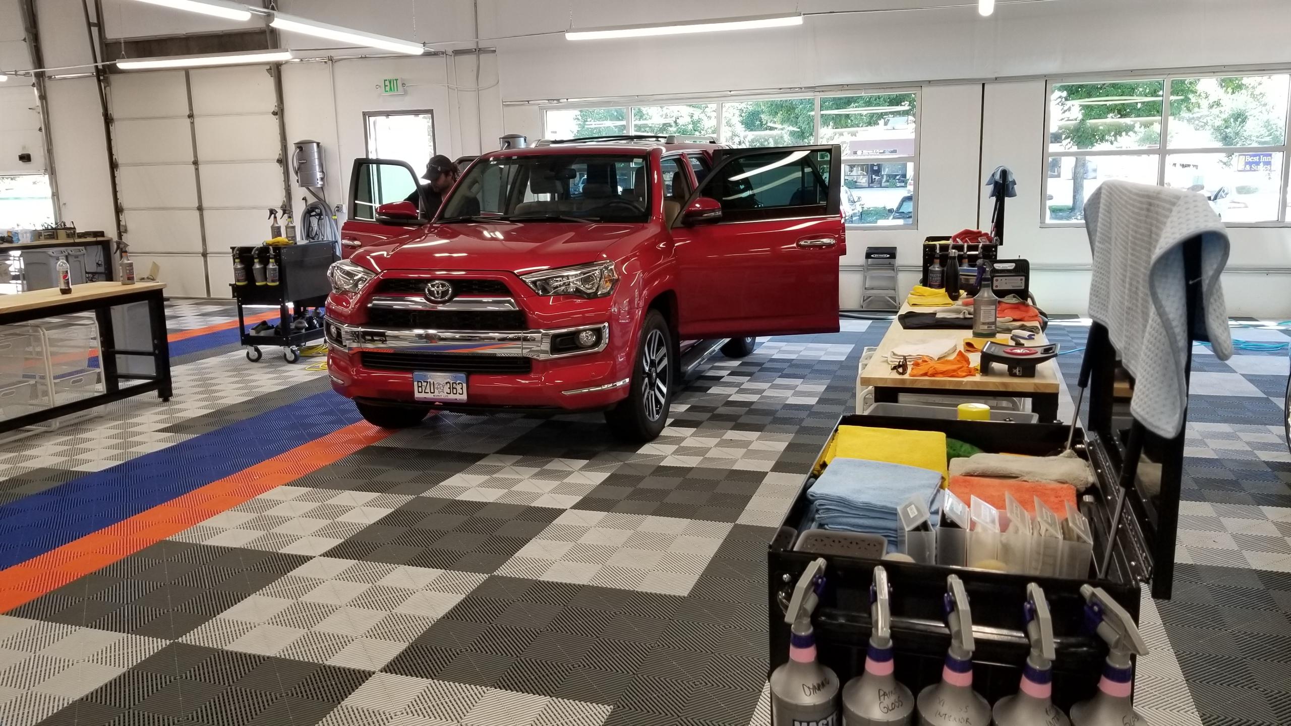Autowash Showroom Detail Center image 2