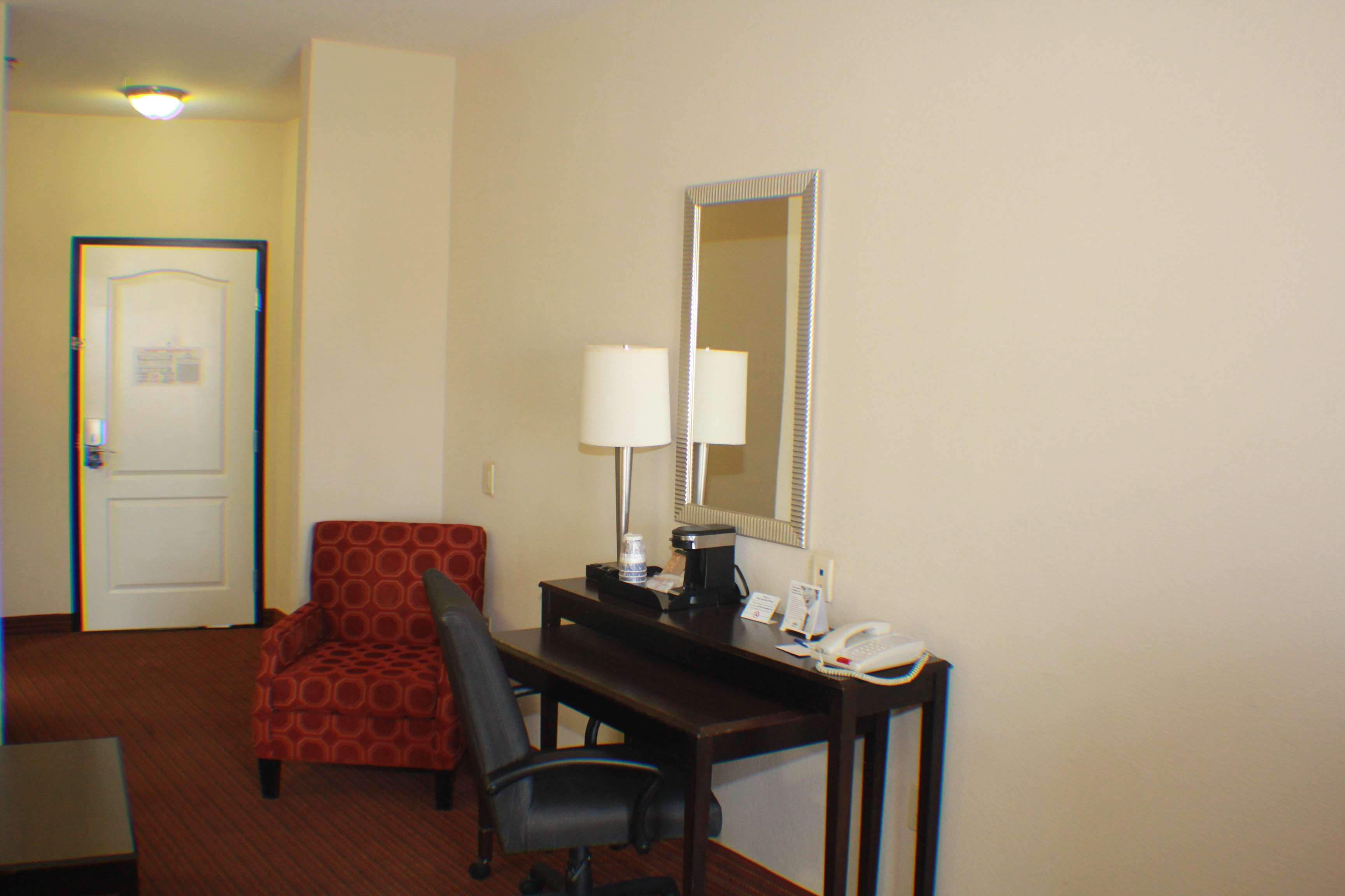 Best Western Plus DFW Airport West Euless image 26