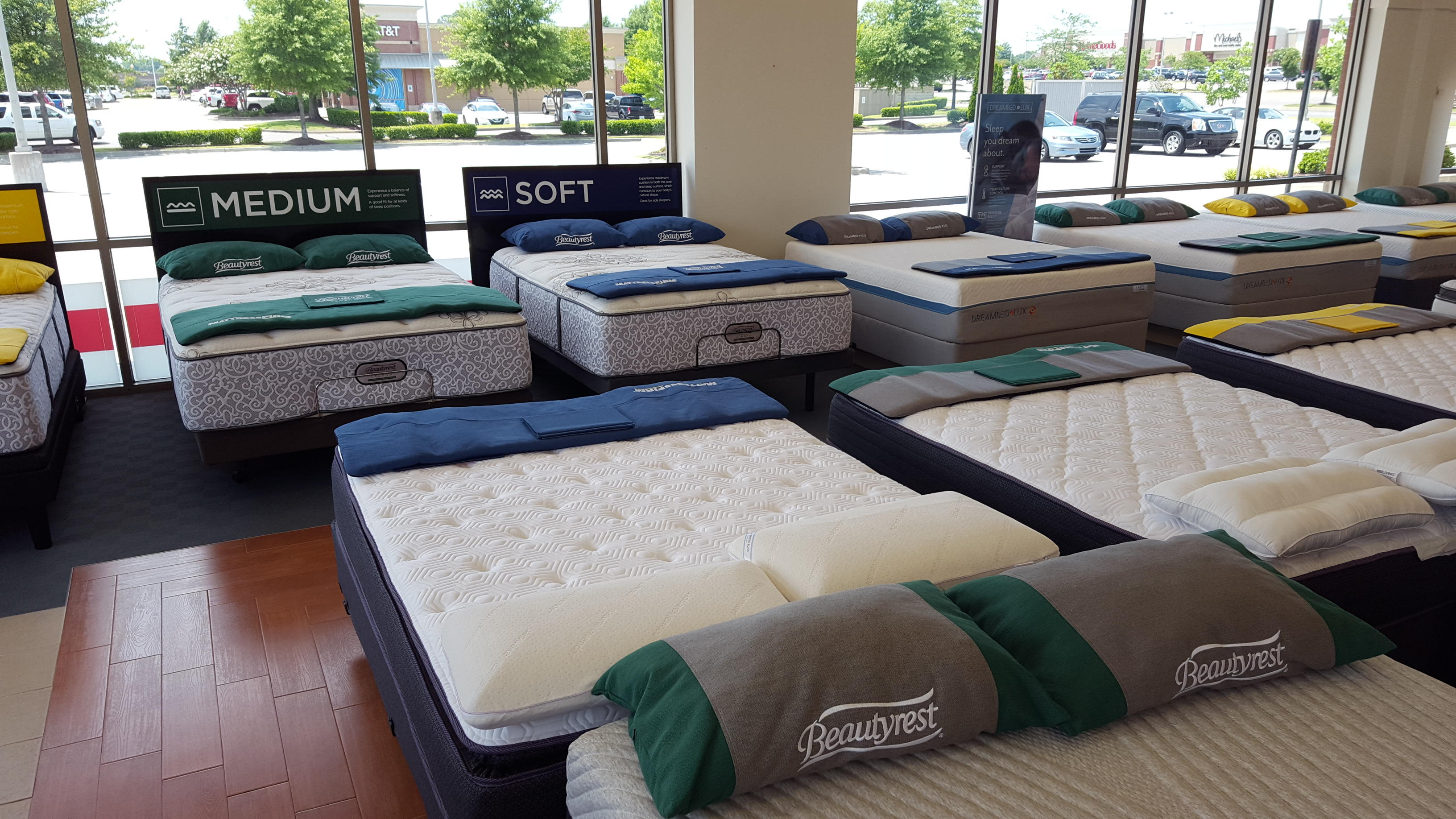 Mattress Firm Wedge Olive Branch image 8