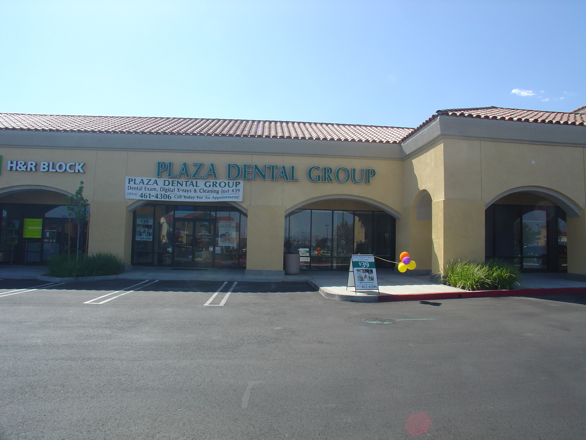 Plaza Dental Group image 0