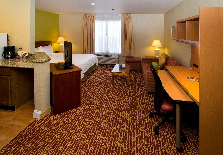 TownePlace Suites by Marriott St. Louis Fenton image 13