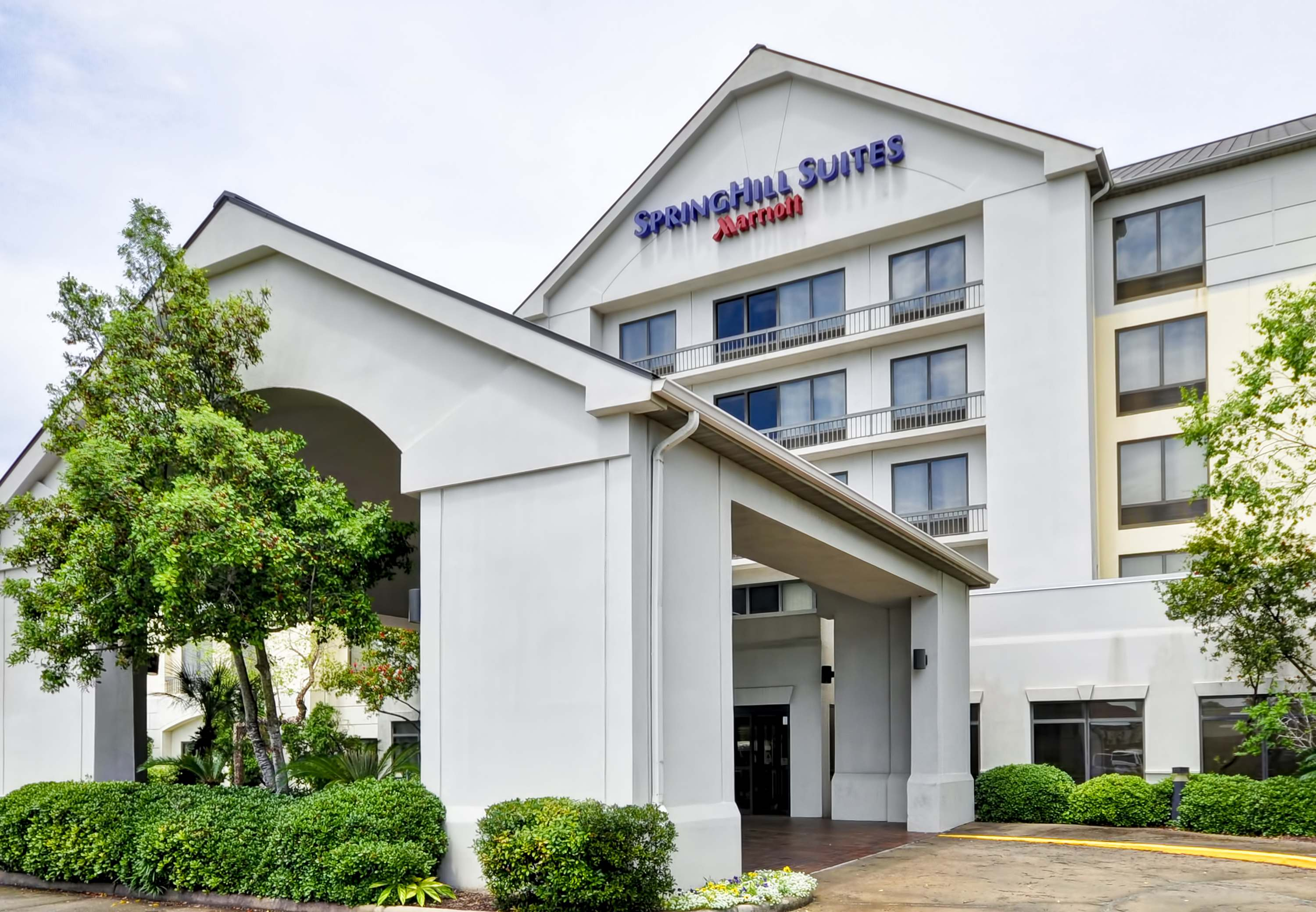 SpringHill Suites by Marriott Houston Hobby Airport image 0