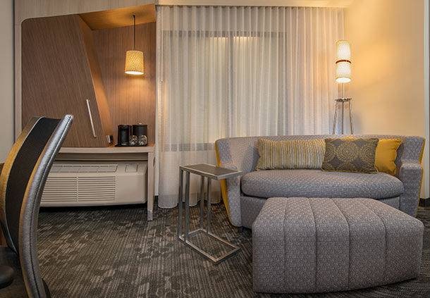 Courtyard by Marriott Jacksonville image 7