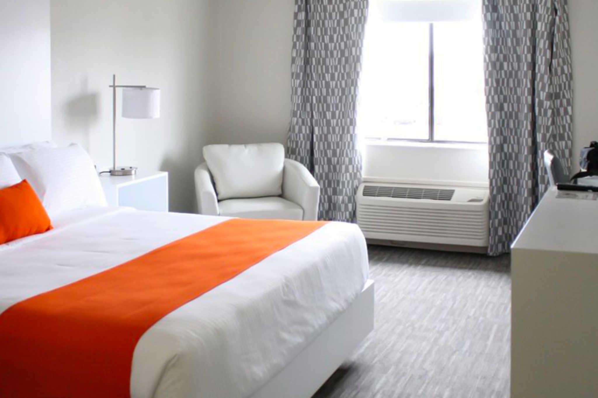 Schoenbrunn Inn & Conf. Center, an Ascend Hotel Collection Member image 12