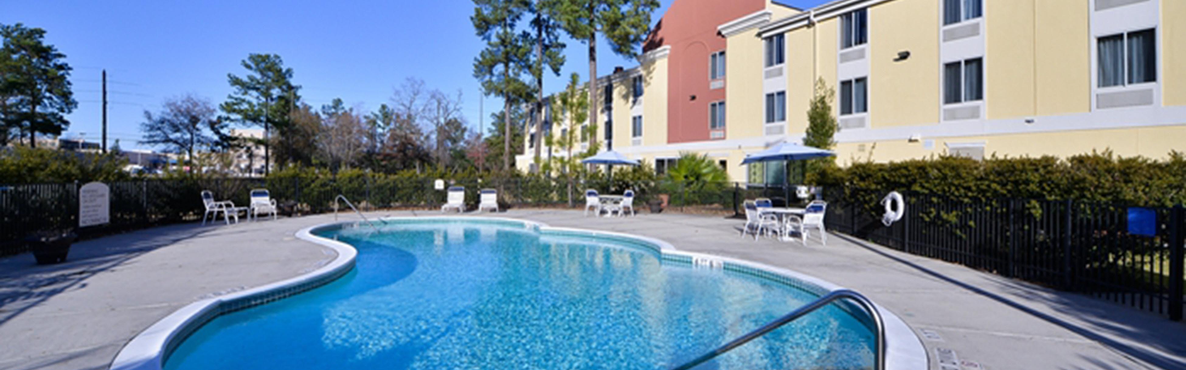 Holiday Inn Express & Suites Kingwood - Medical Center Area image 2