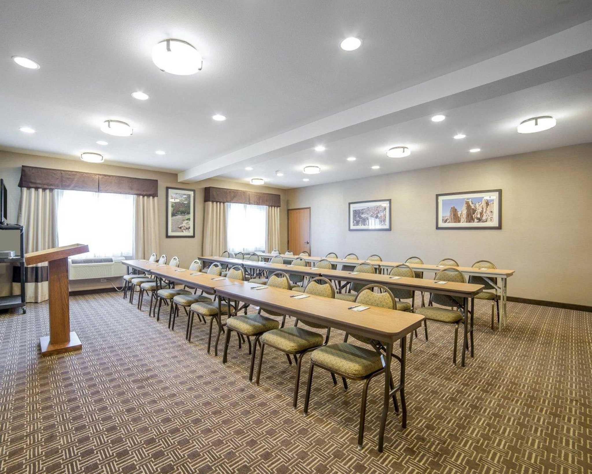 Comfort Inn Evansville-Casper image 19