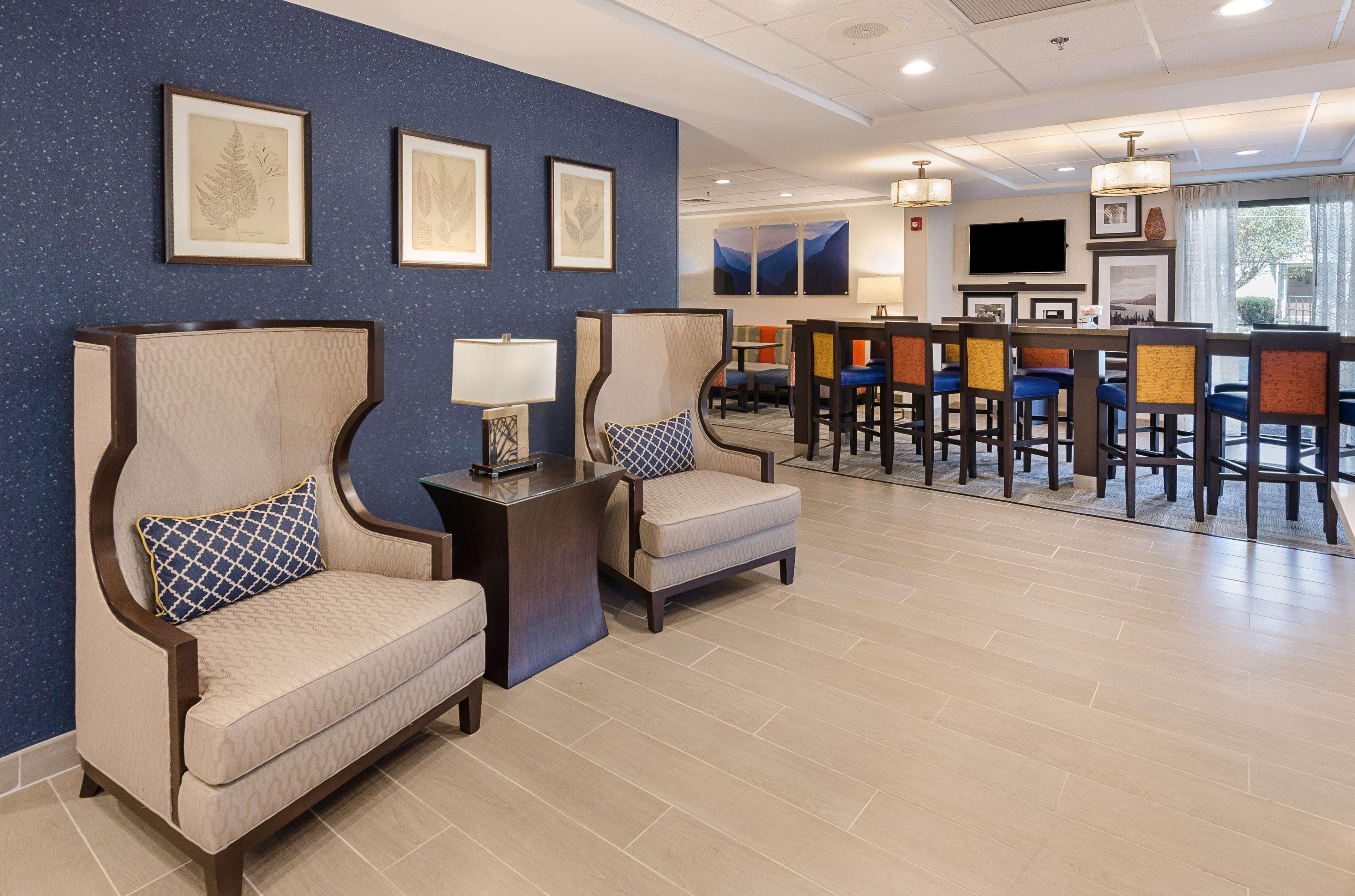 Hampton Inn Covington image 10