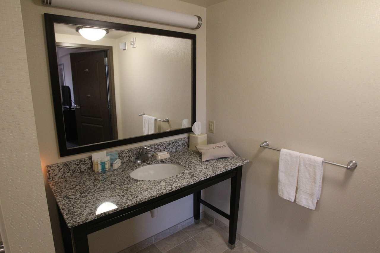 Hampton Inn & Suites Seneca-Clemson Area image 18
