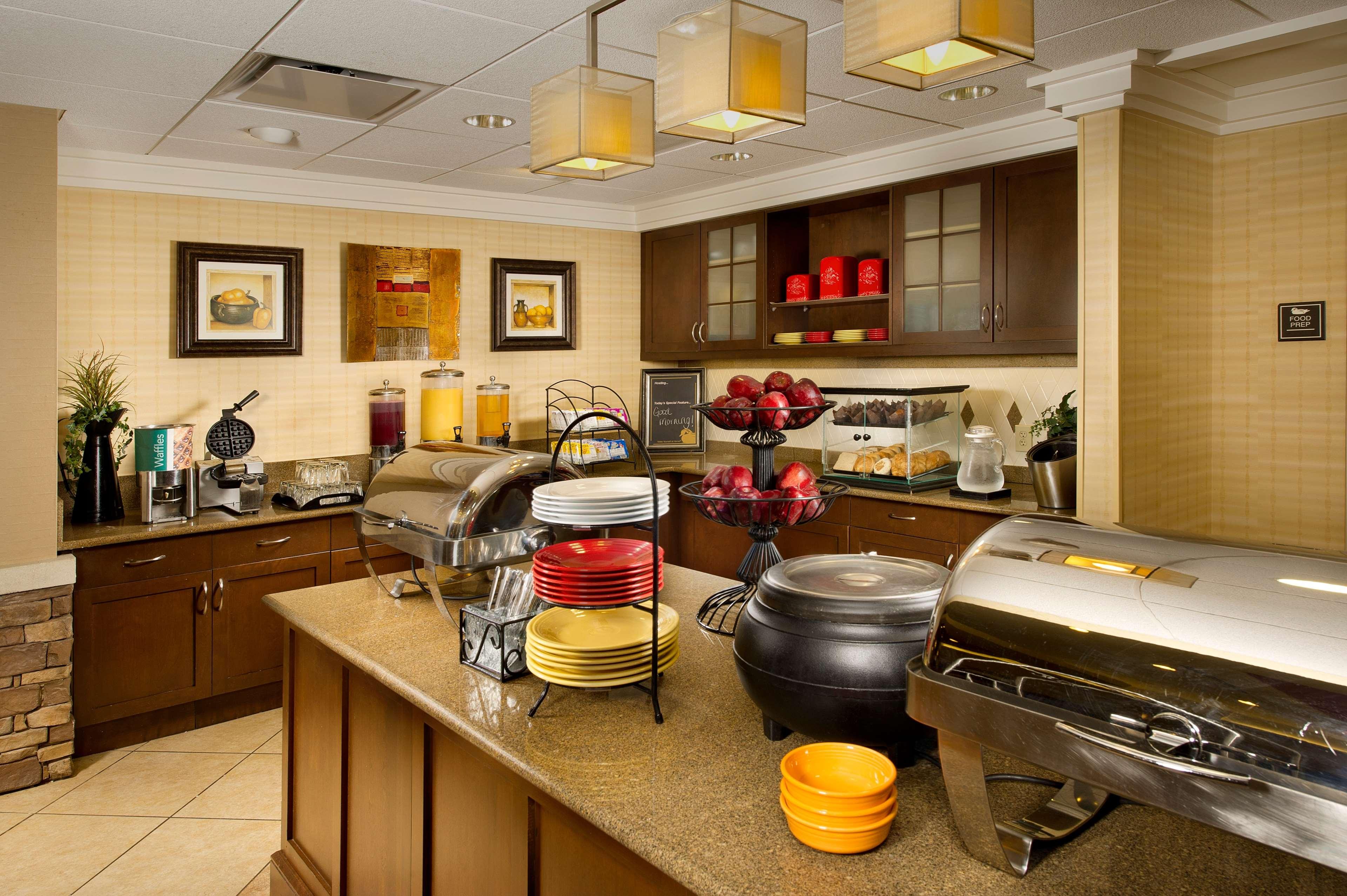 Homewood Suites by Hilton Columbus image 9